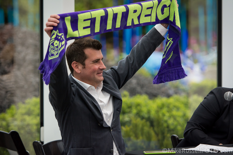 Photos: Seattle Reign unveil their new kits