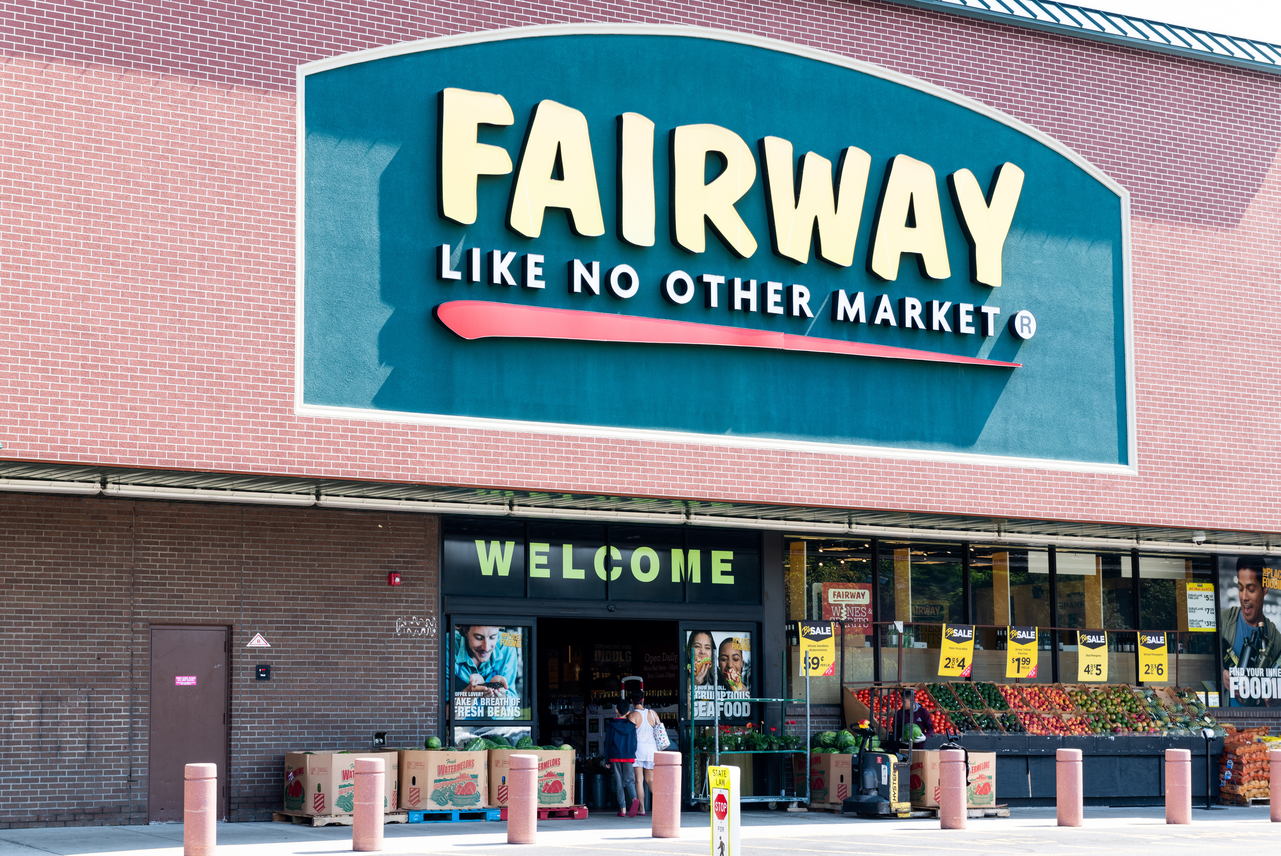 Fairway Claims It's Doing Just Fine Despite Report of Impending Bankruptcy