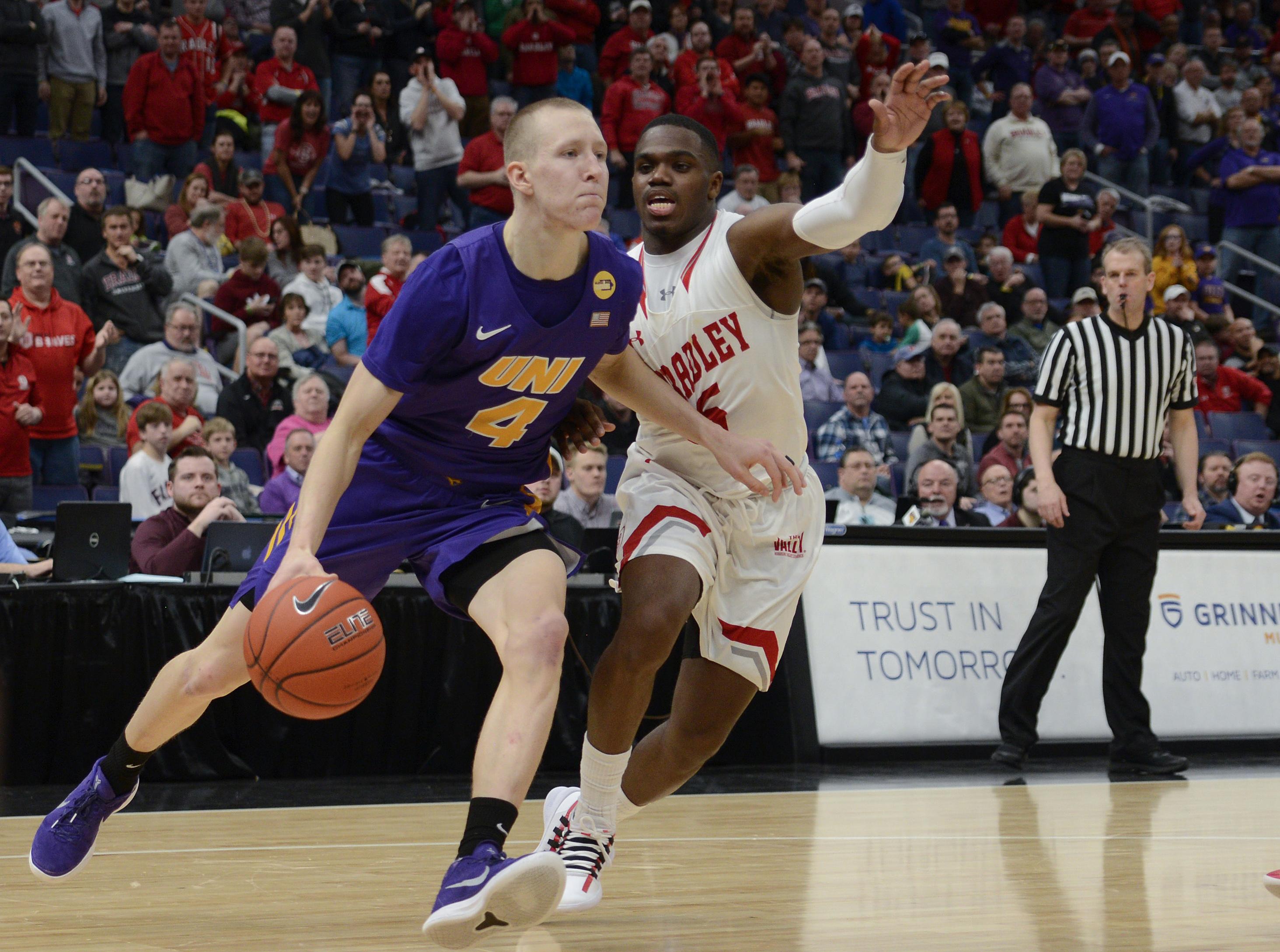 NCAA Basketball: Missouri Valley Conference Tournament Championship Bradley vs UNI