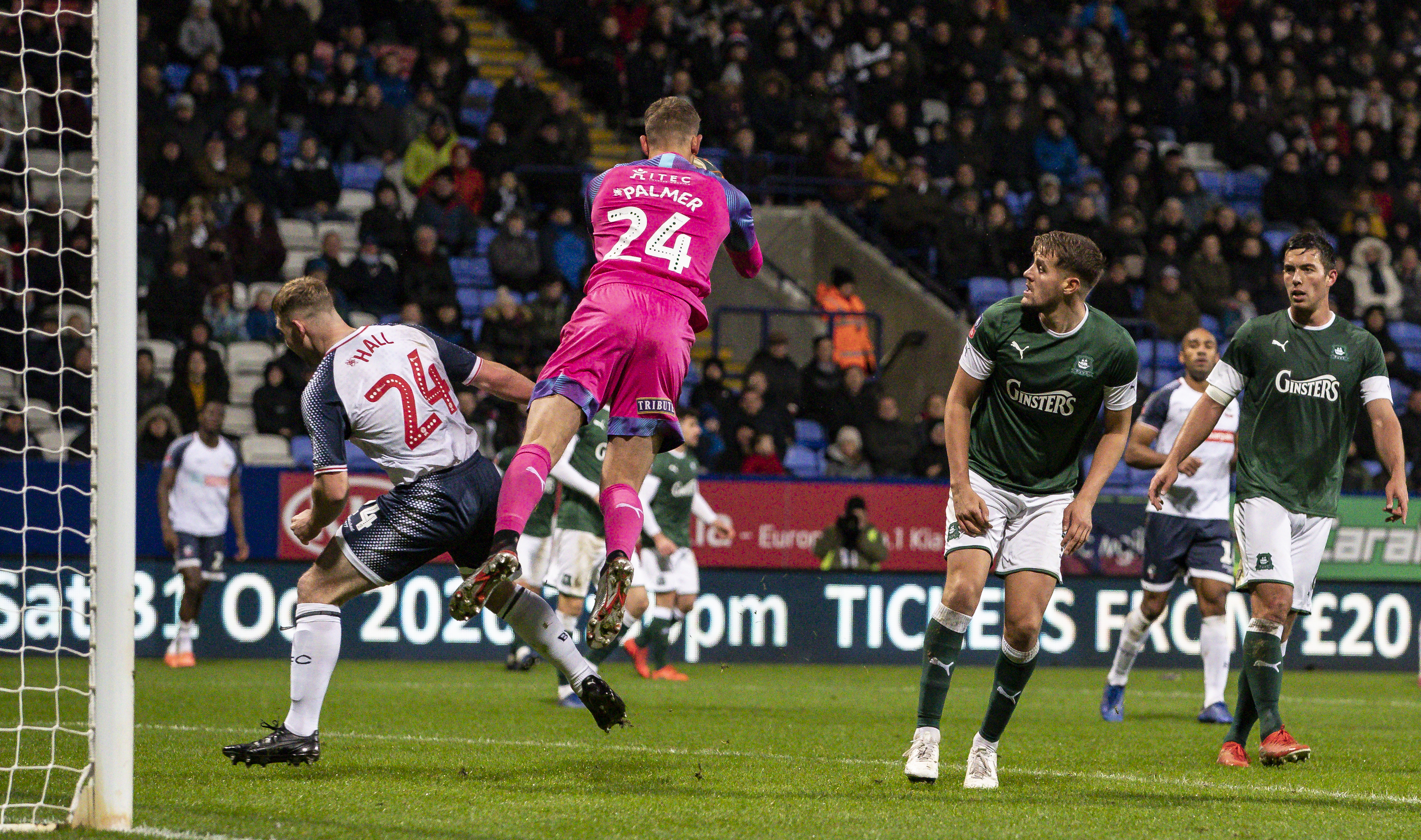 Bolton Wanderers v Plymouth Argyle - FA Cup: 1st Round