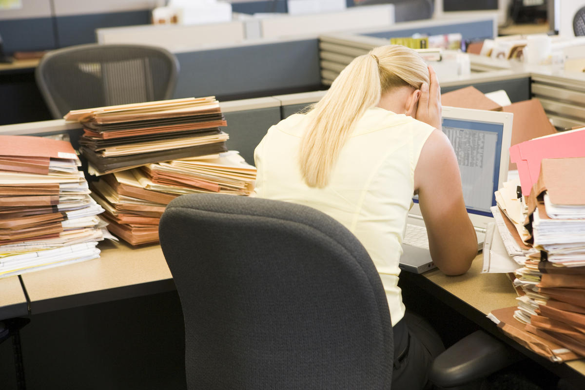 Young workers are feeling especially lonely in the workplace, the Cigna U.S. Loneliness Index found.