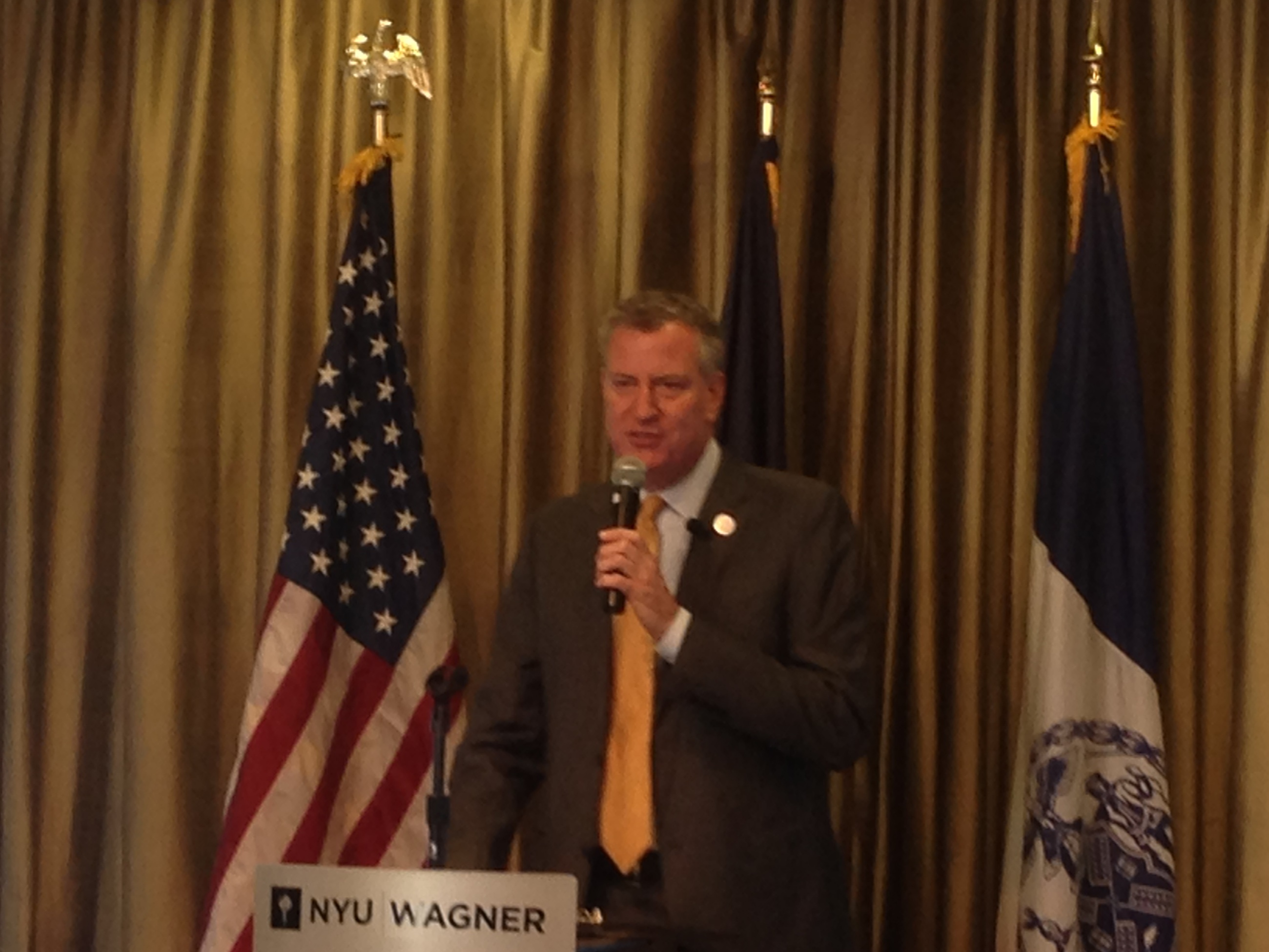Mayor Bill de Blasio gathered an advisory board Thursday to begin planning how to launch 100 community schools during his first term.