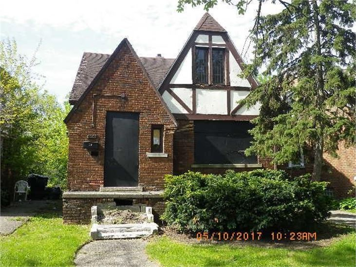 This home on Harvard Road was up for auction the week after Detroit announced a half-off-on-city-owned housing deal for teachers.