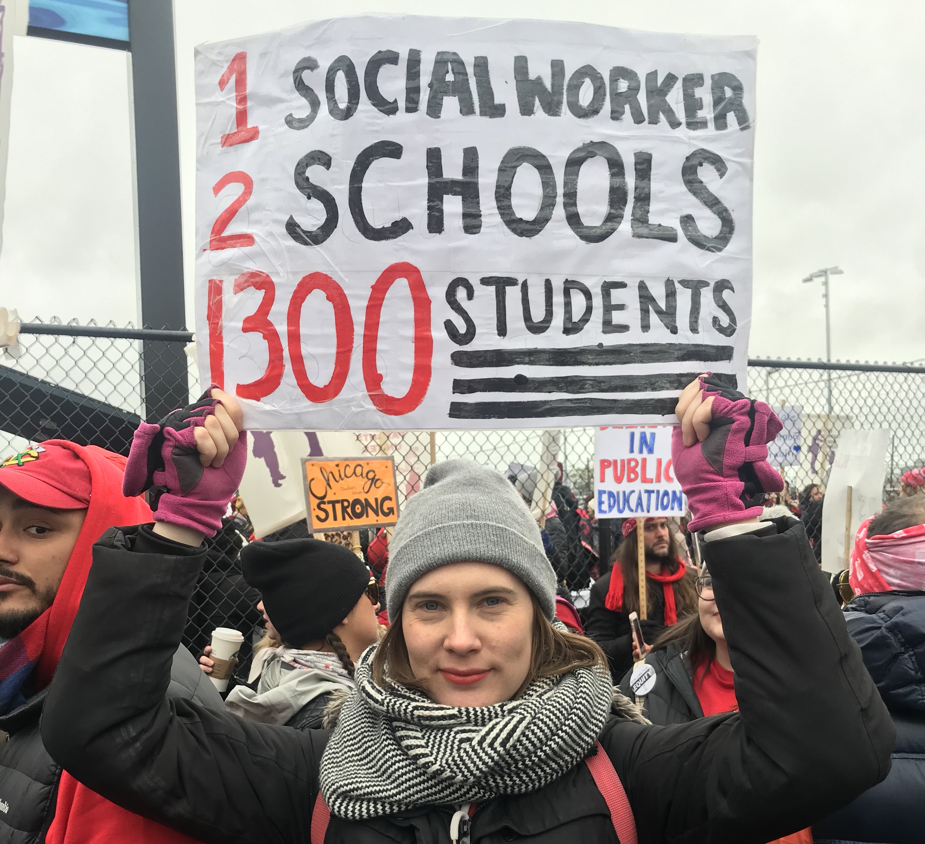 Elizabeth Weiss joined picket lines during the Chicago teachers strike to advocate for school social workers like herself.