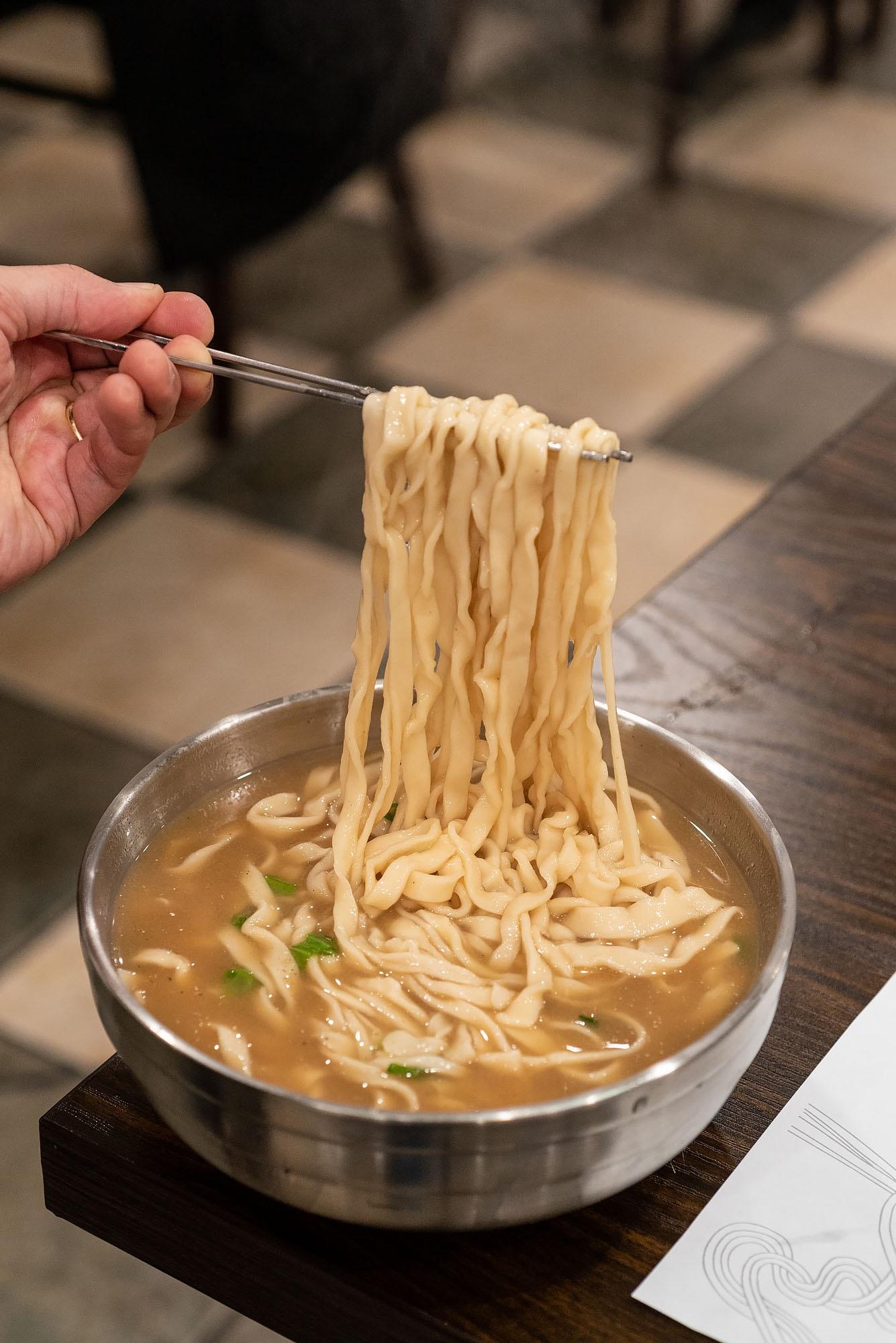 Kalguksu at Hyesung Noodle House, Los Angeles
