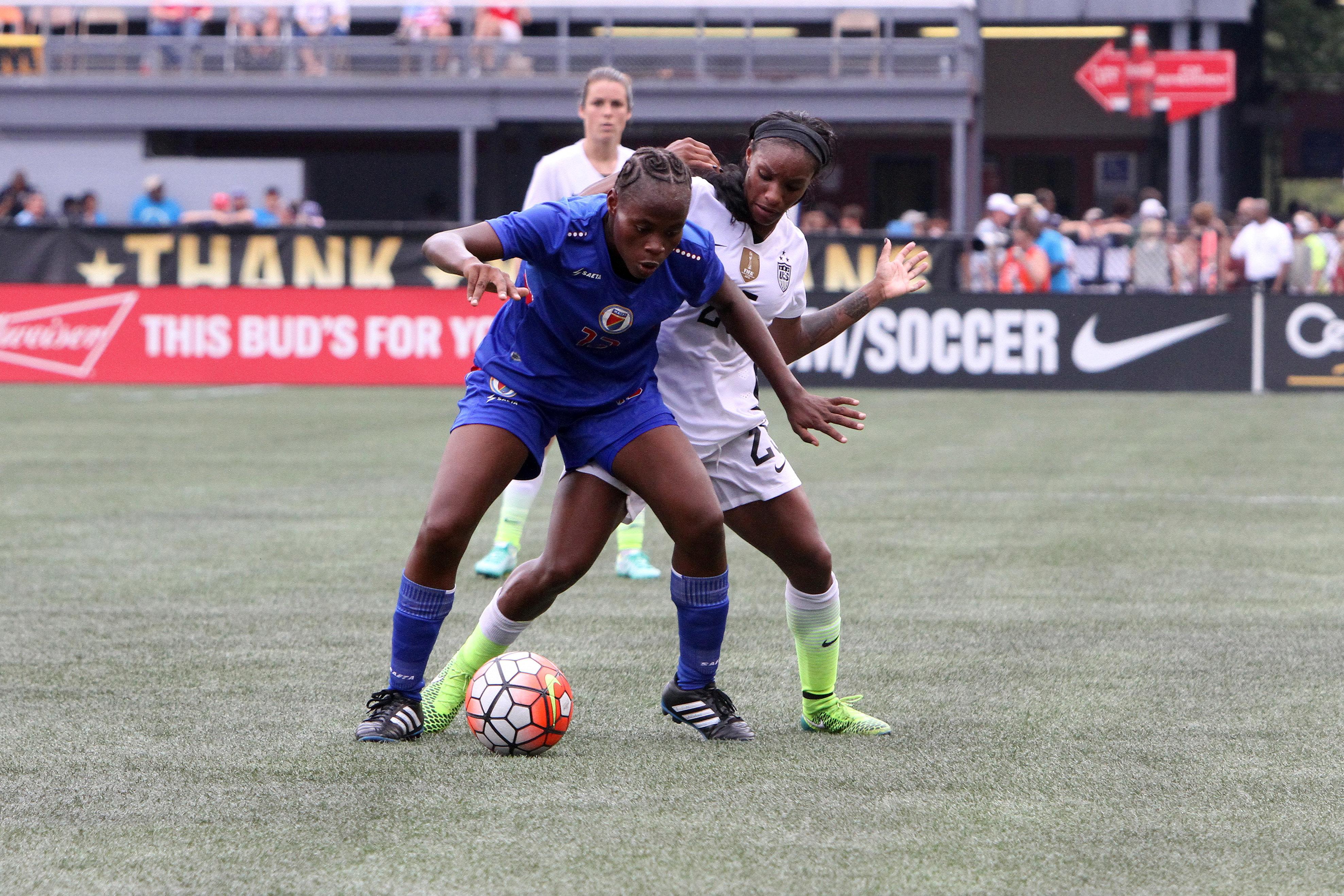足球:09月20日女子 - 海地v美国