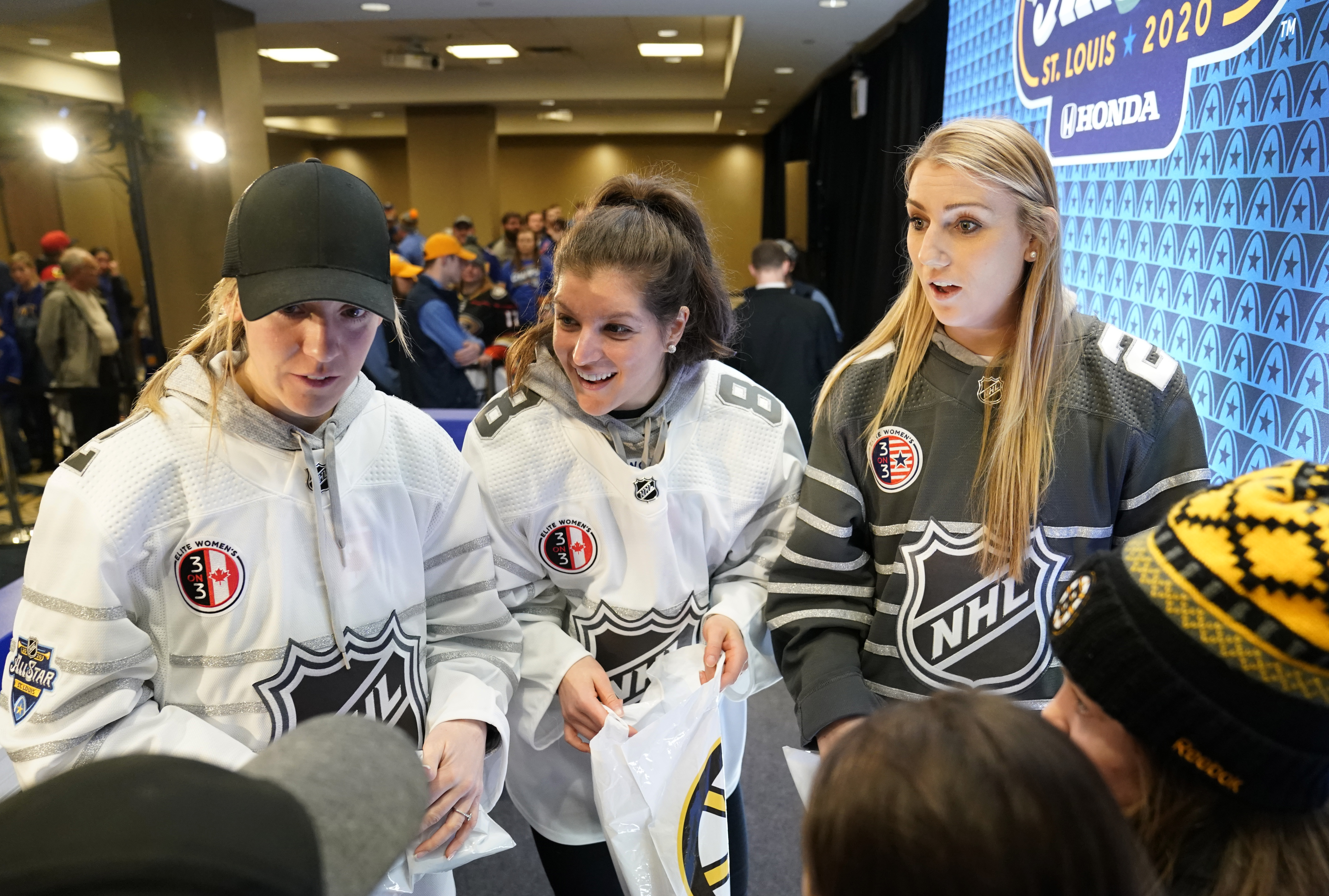 ST LOUIS, MISSOURI - JANUARY 25: (L-R) Meghan Agosta. Laura Fortino and Annie Pankowski speak with fans during the 2020 NHL All-Star Fan Fair at St. Louis Union Station on January 25, 2020 in St Louis, Missouri.