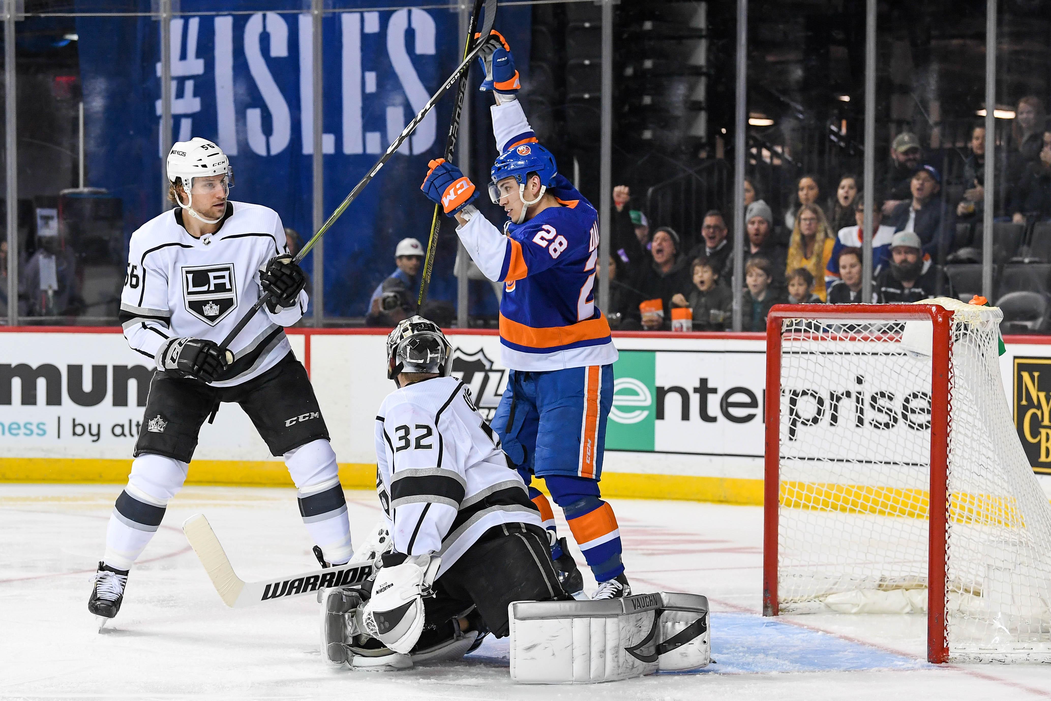 NHL: Los Angeles Kings at New York Islanders