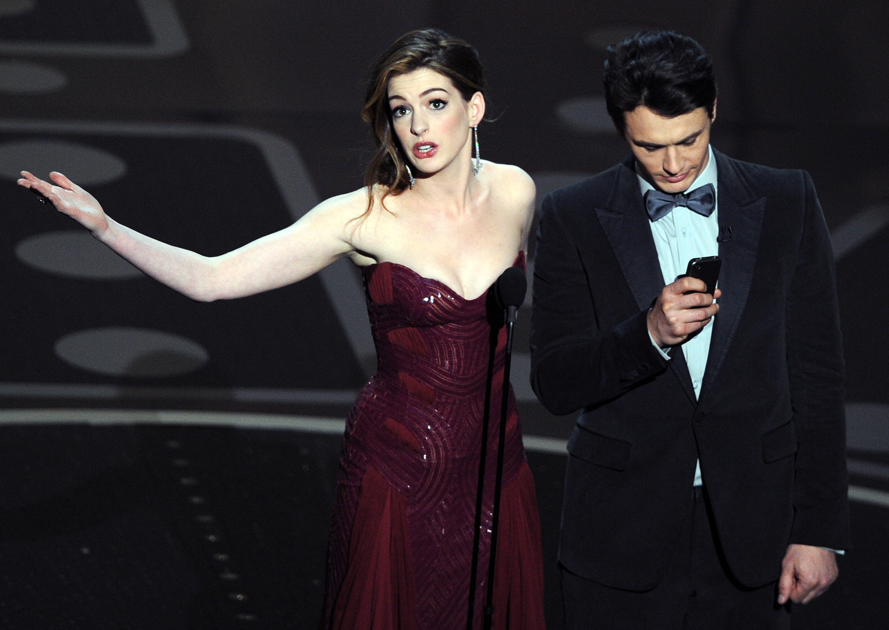Anne Hathaway and James Franco onstage at the Academy Awards.