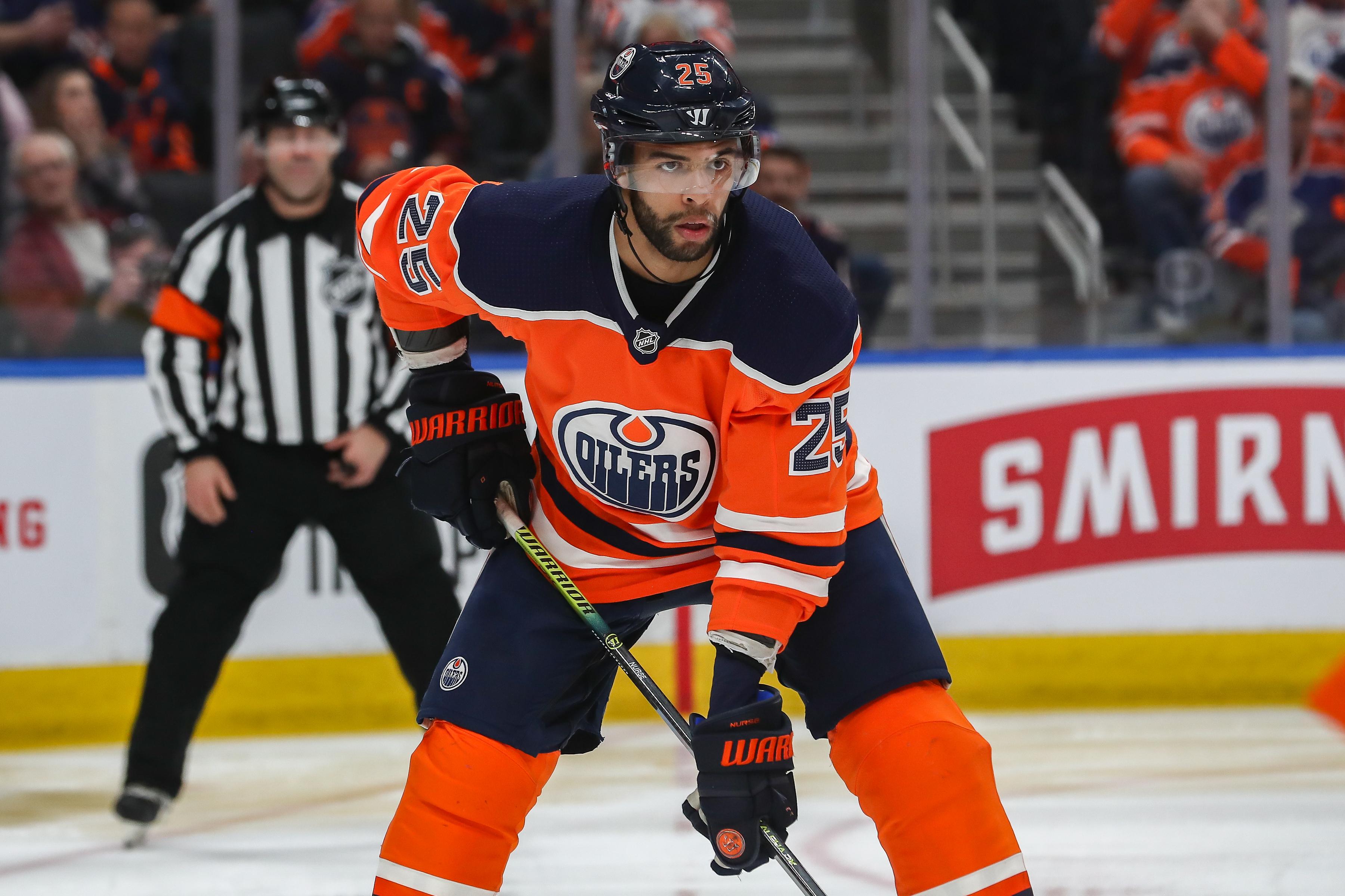 NHL: FEB 08 Predators at Oilers