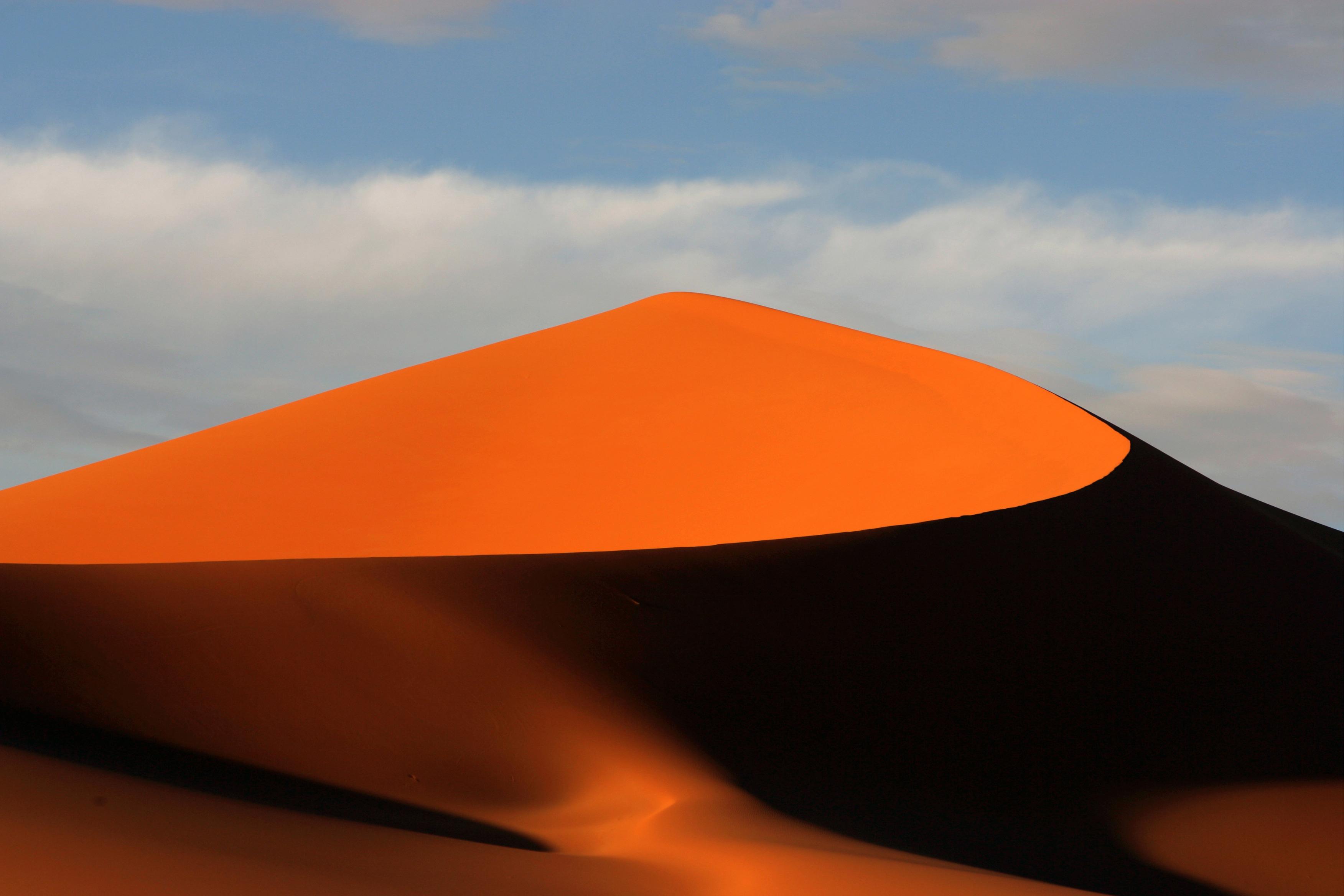A dune of the Fezzan desert
