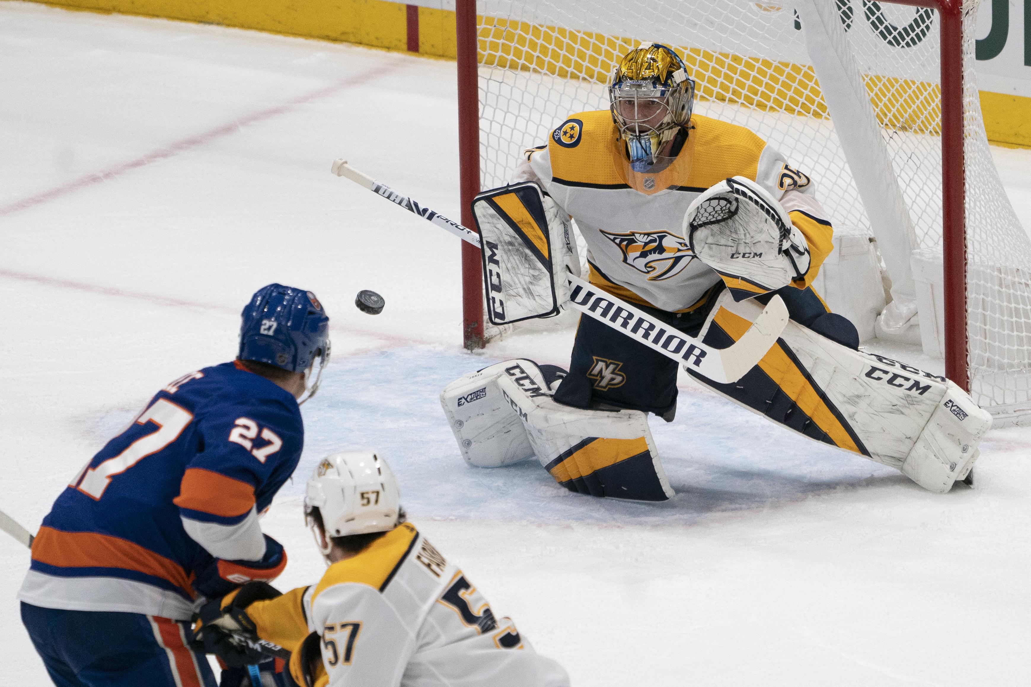 NHL: DEC 17 Predators at Islanders