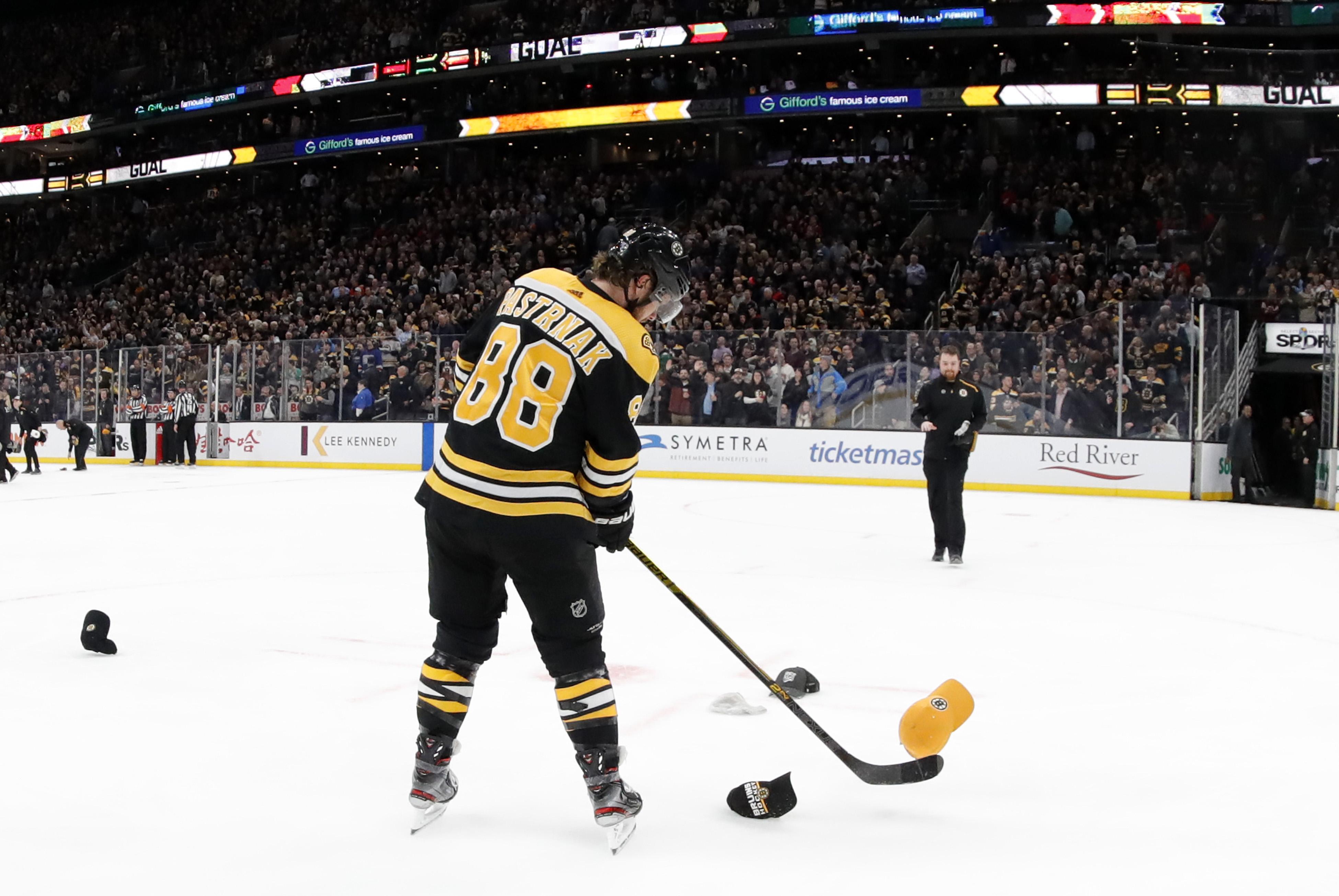 NHL: FEB 12 Canadiens at Bruins