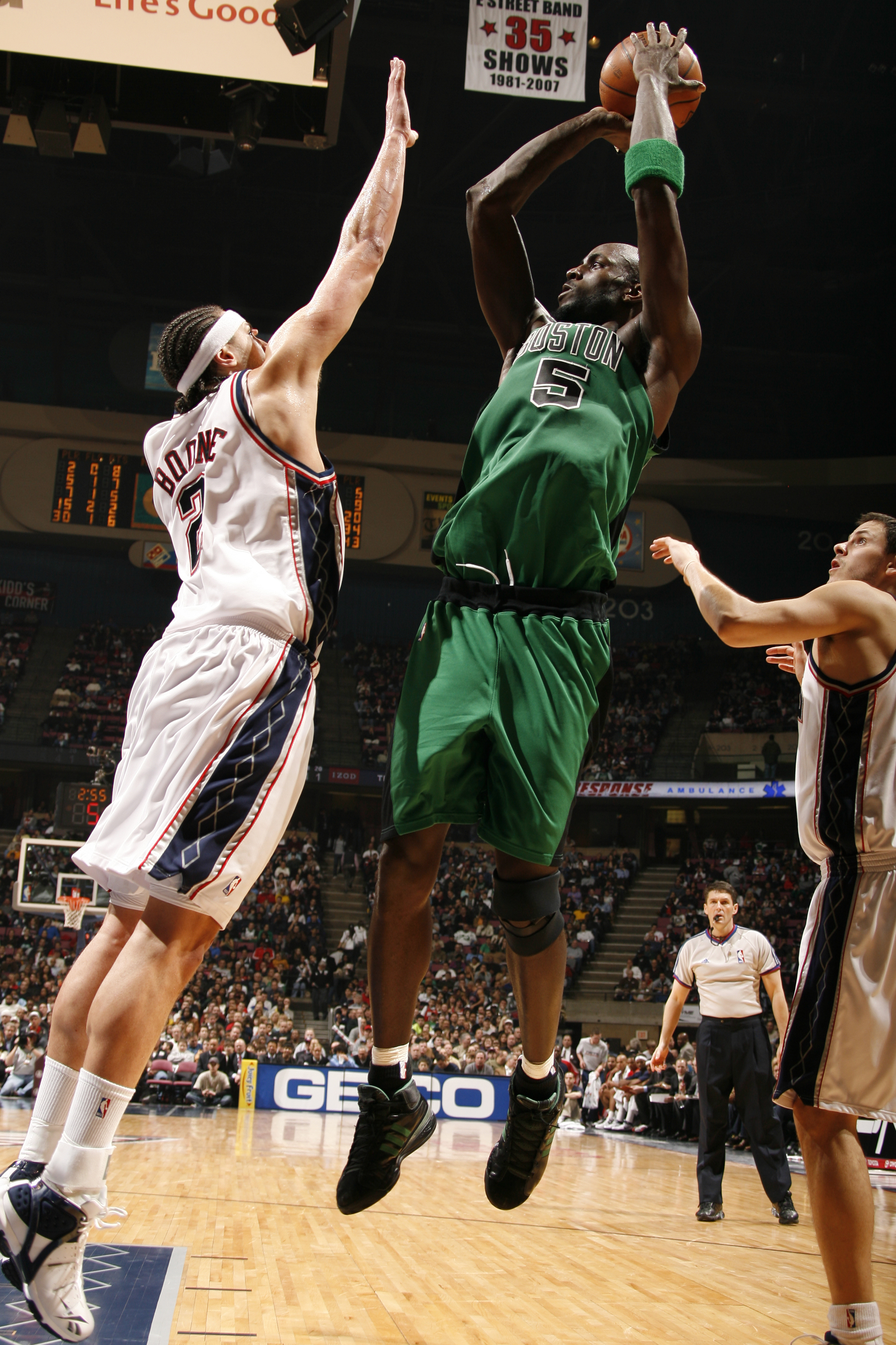 Kevin Garnett being awesome