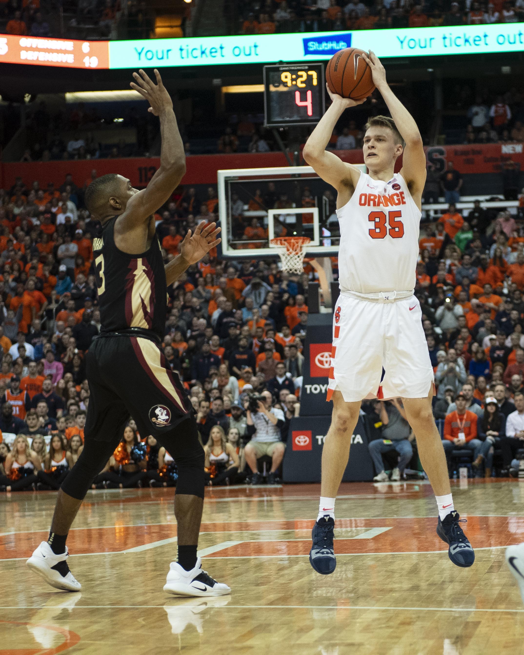 COLLEGE BASKETBALL: FEB 05 Florida State at Syracuse
