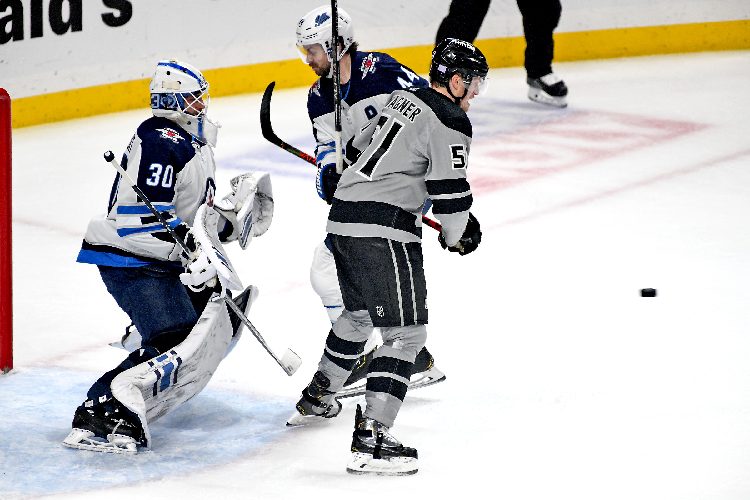 NHL: NOV 30 Jets at Kings