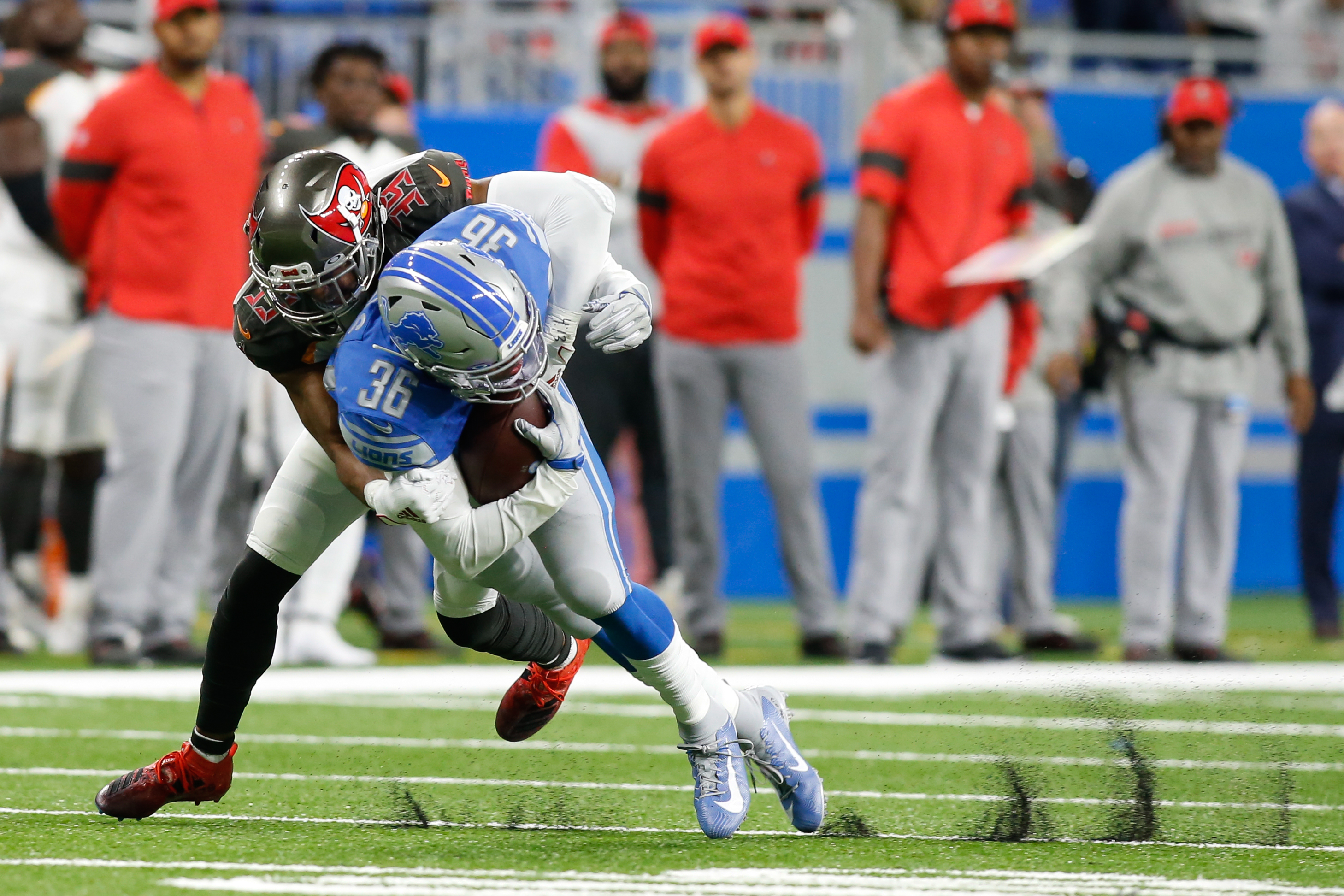 NFL: DEC 15 Buccaneers at Lions