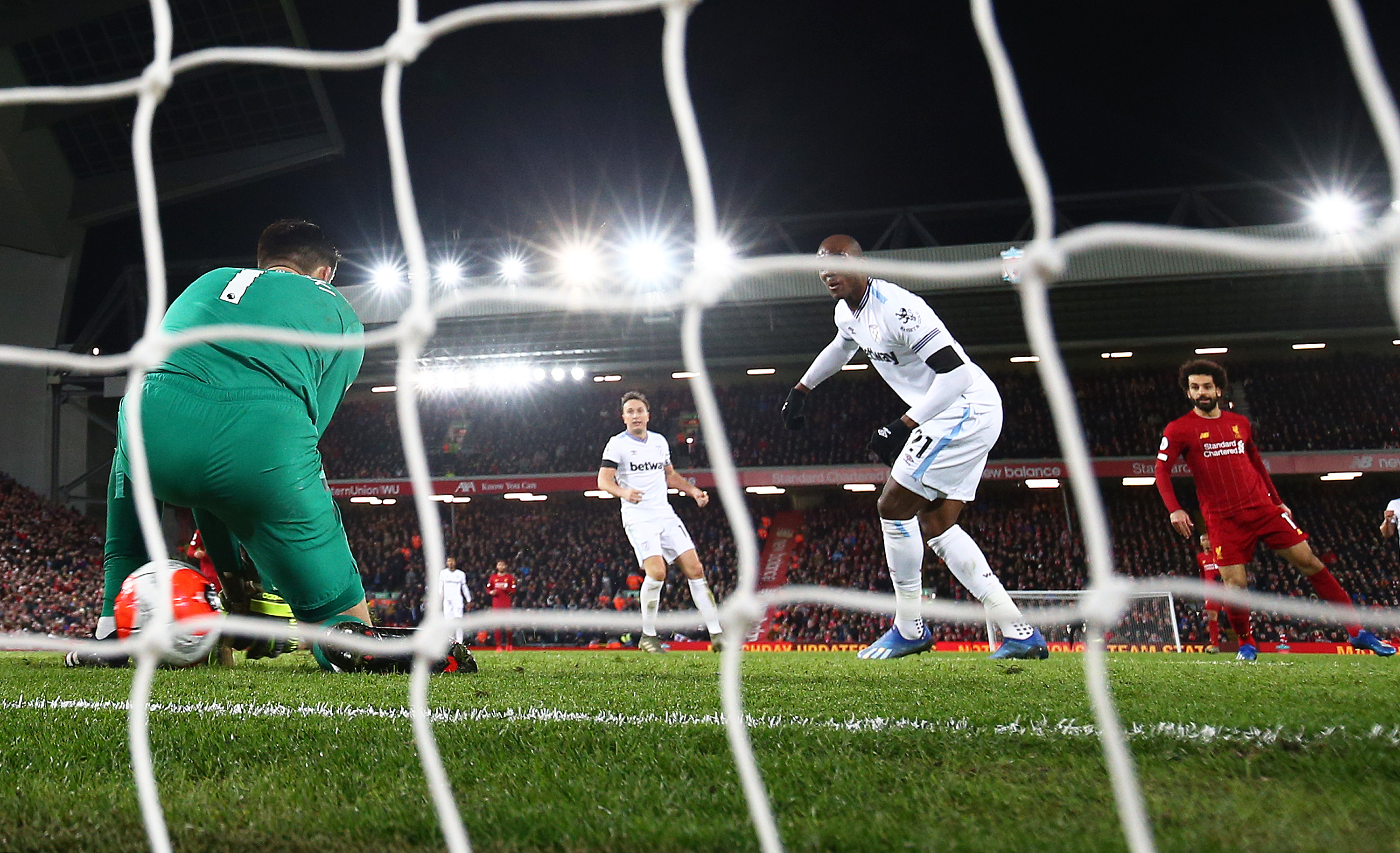 West Ham concede the equaliser against Liverpool