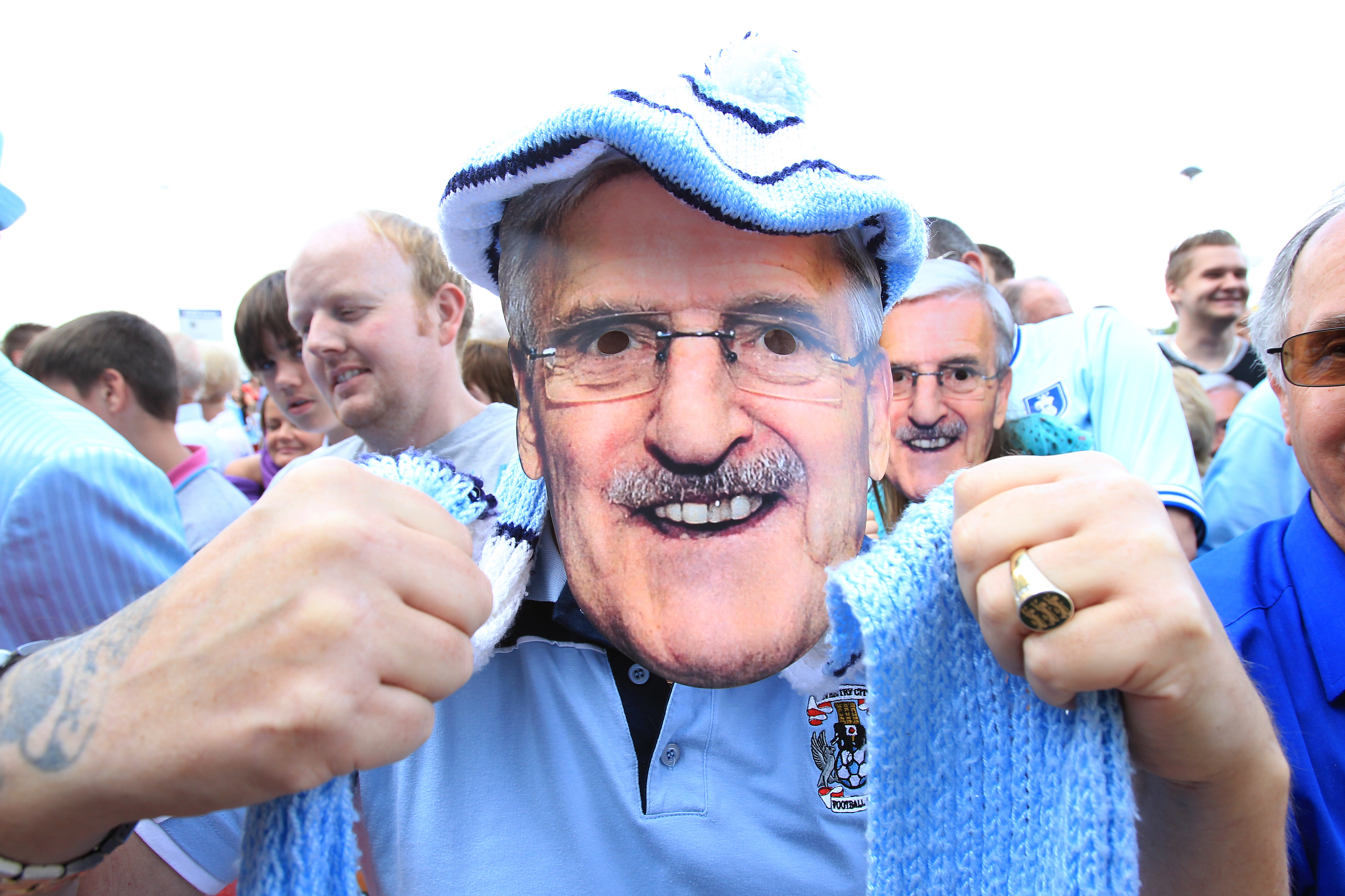 Soccer - Jimmy Hill Statue Unveiling - Ricoh Arena