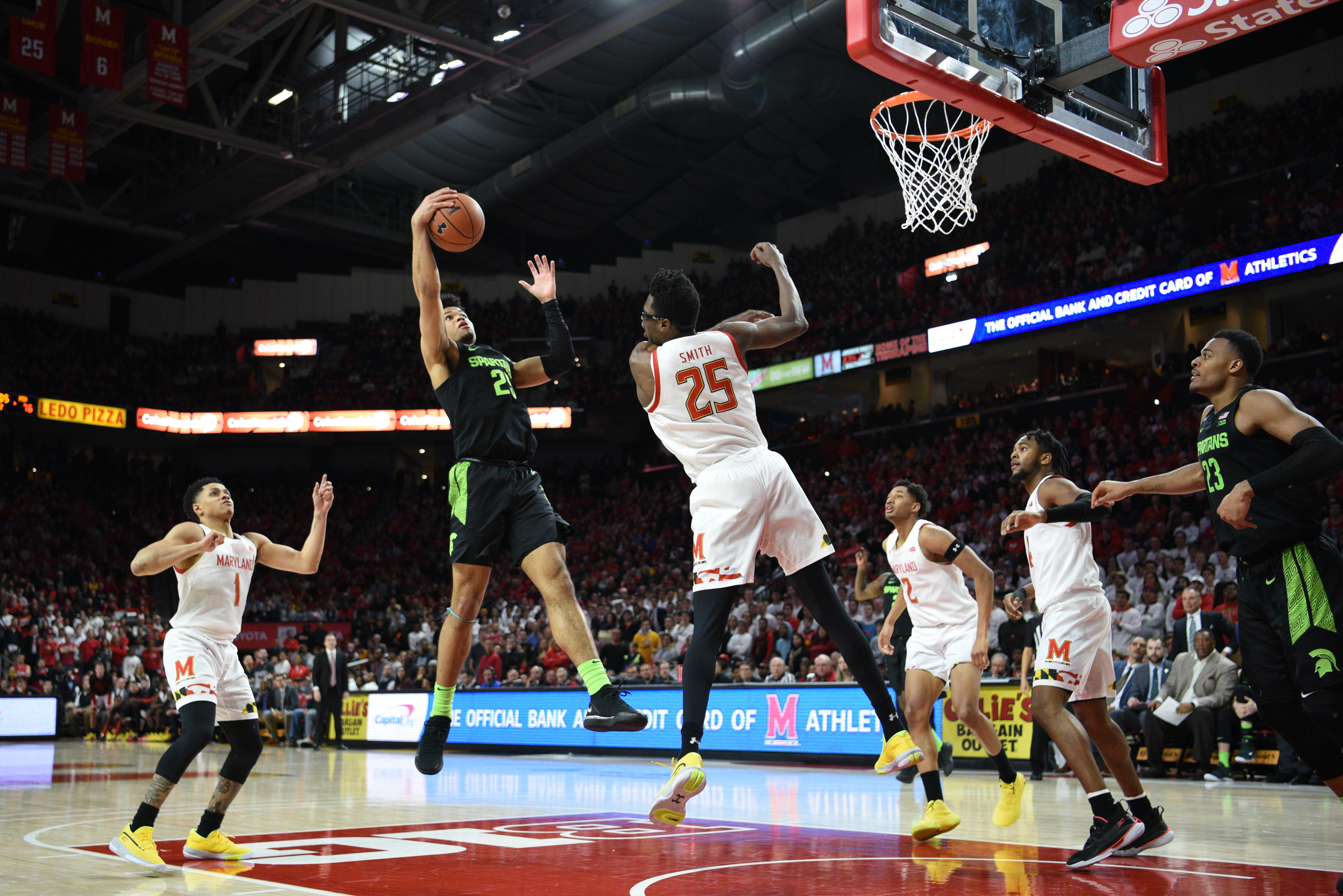 Michigan State offensive rebound vs Maryland, 2020