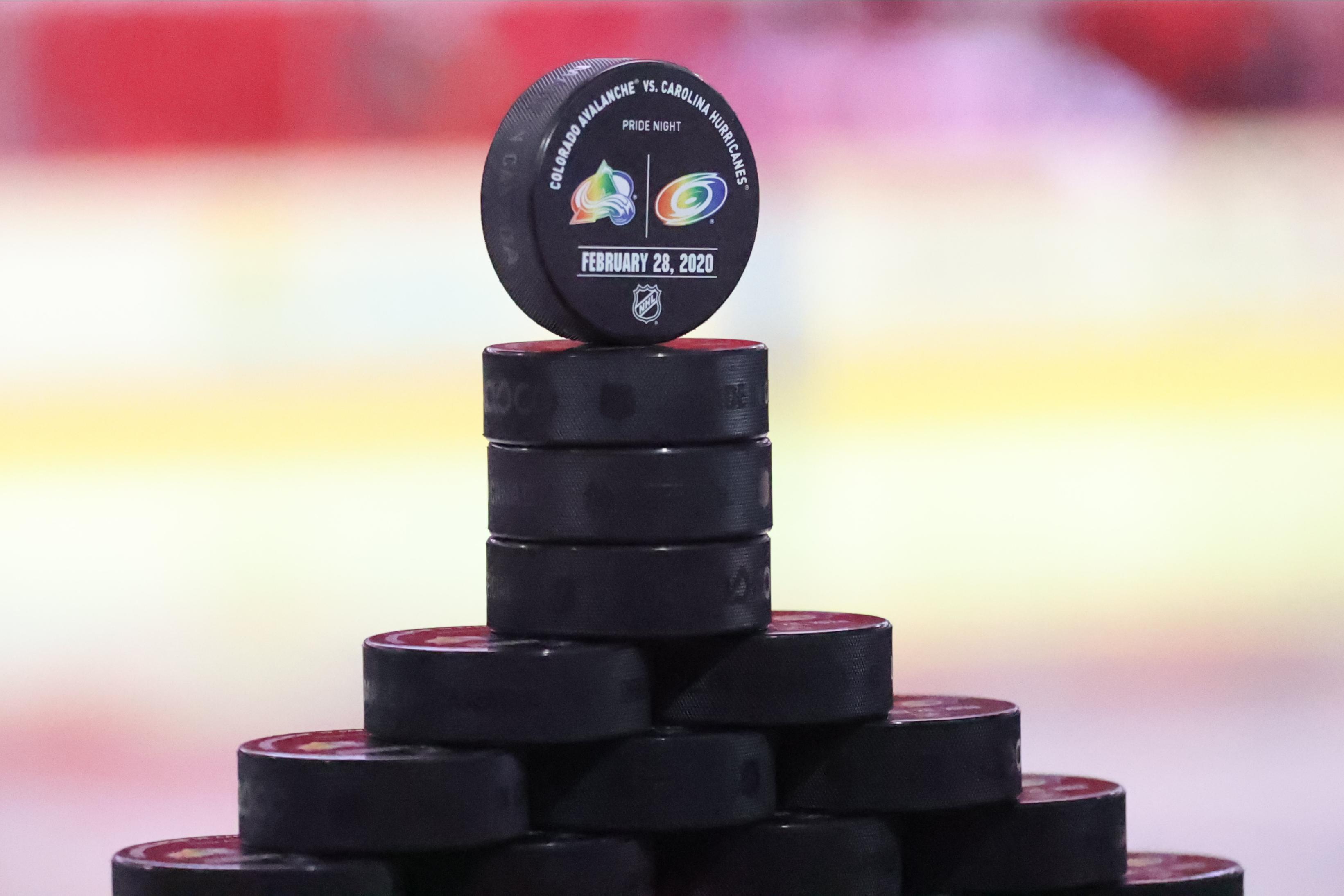 NHL: FEB 28 Avalanche at Hurricanes