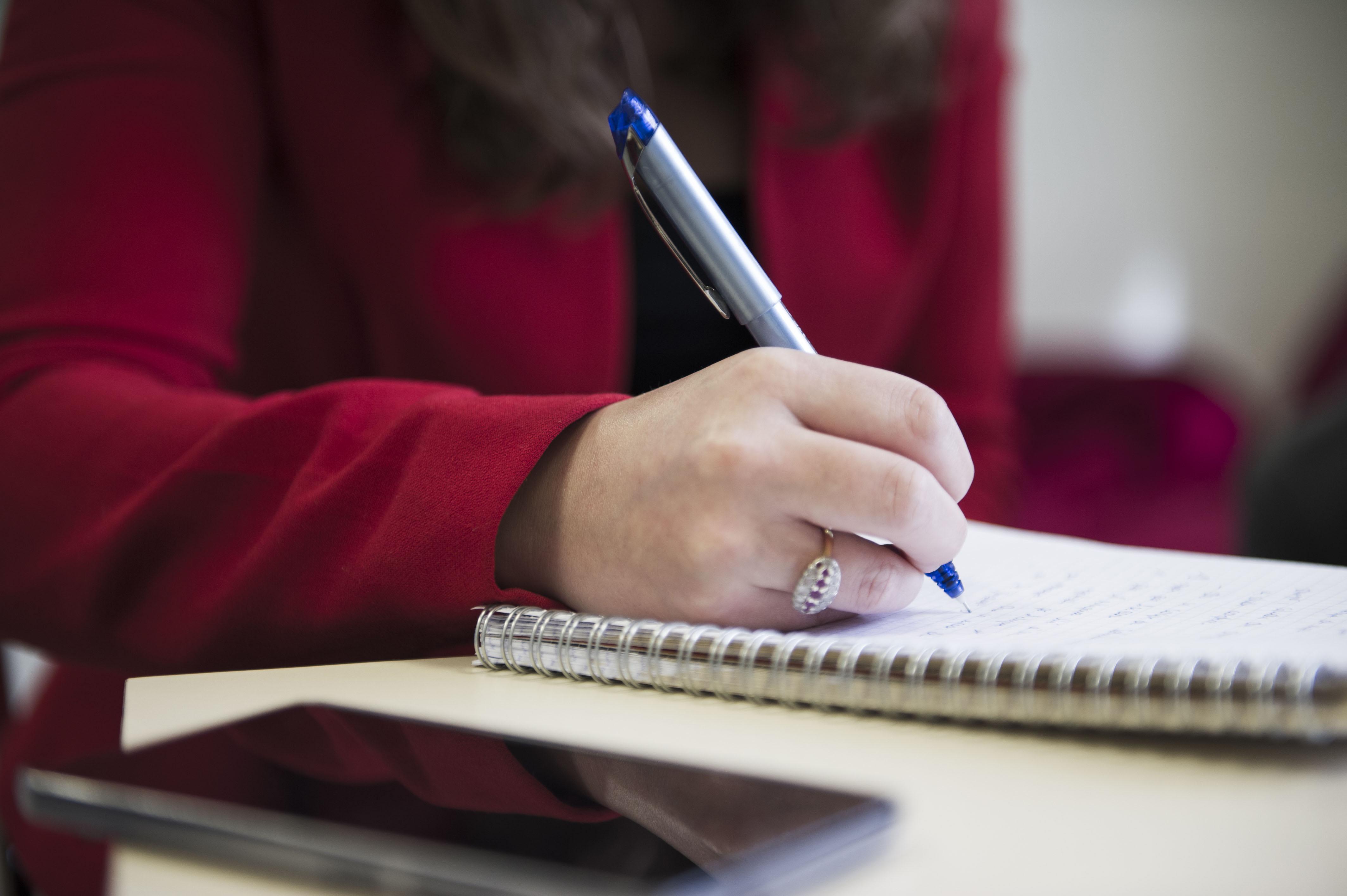 商务会议:记笔记