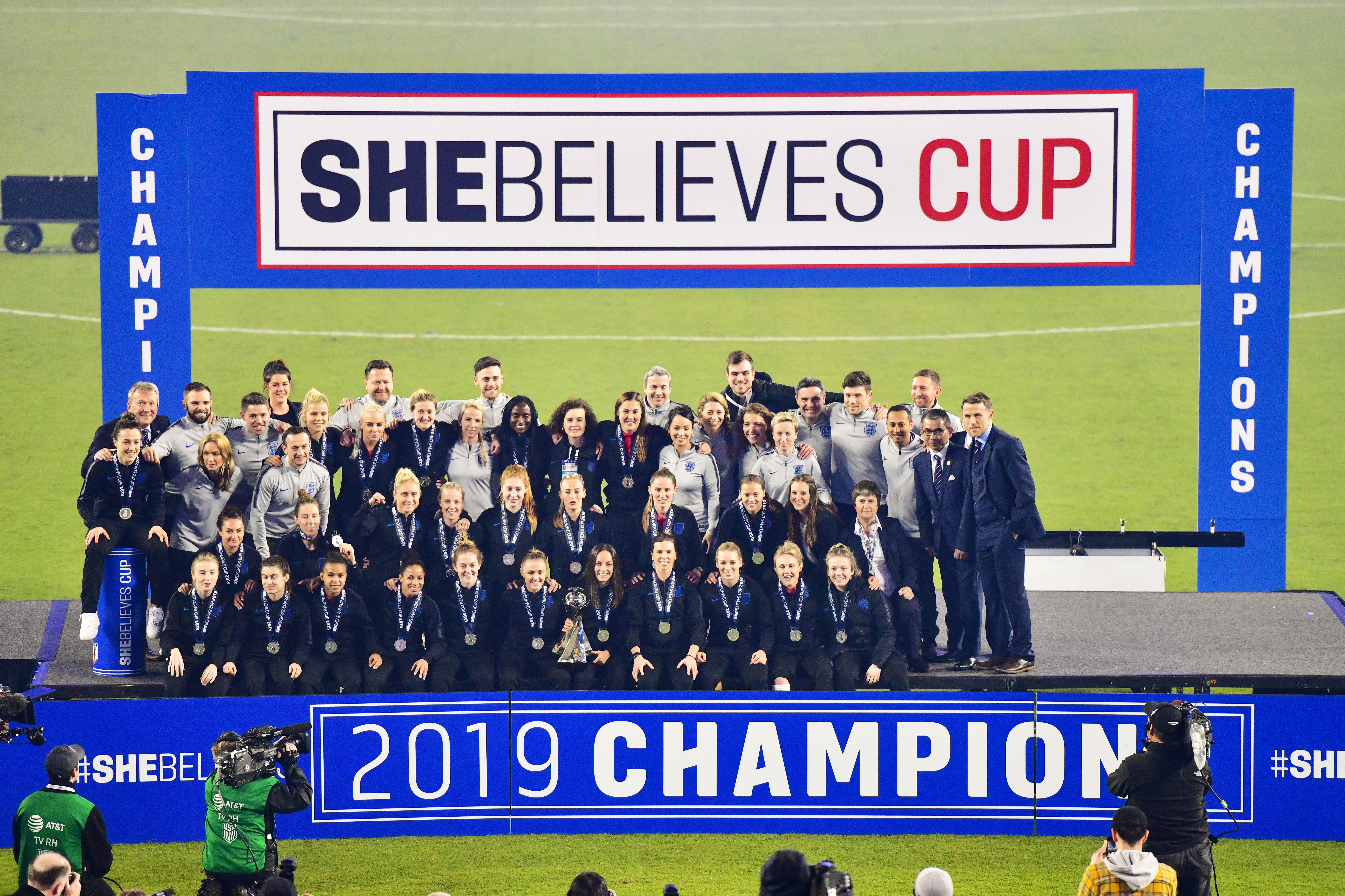 2019年,她相信世界杯——英格兰vs日本