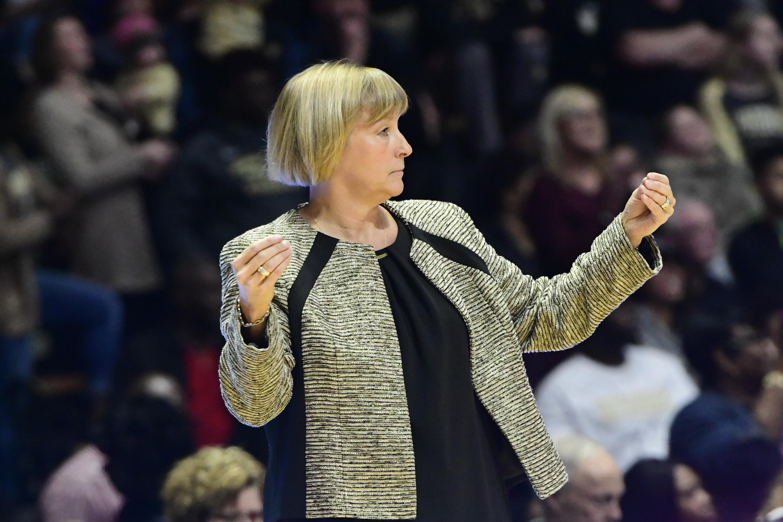 COLLEGE BASKETBALL: DEC 16 Women's South Carolina at Purdue