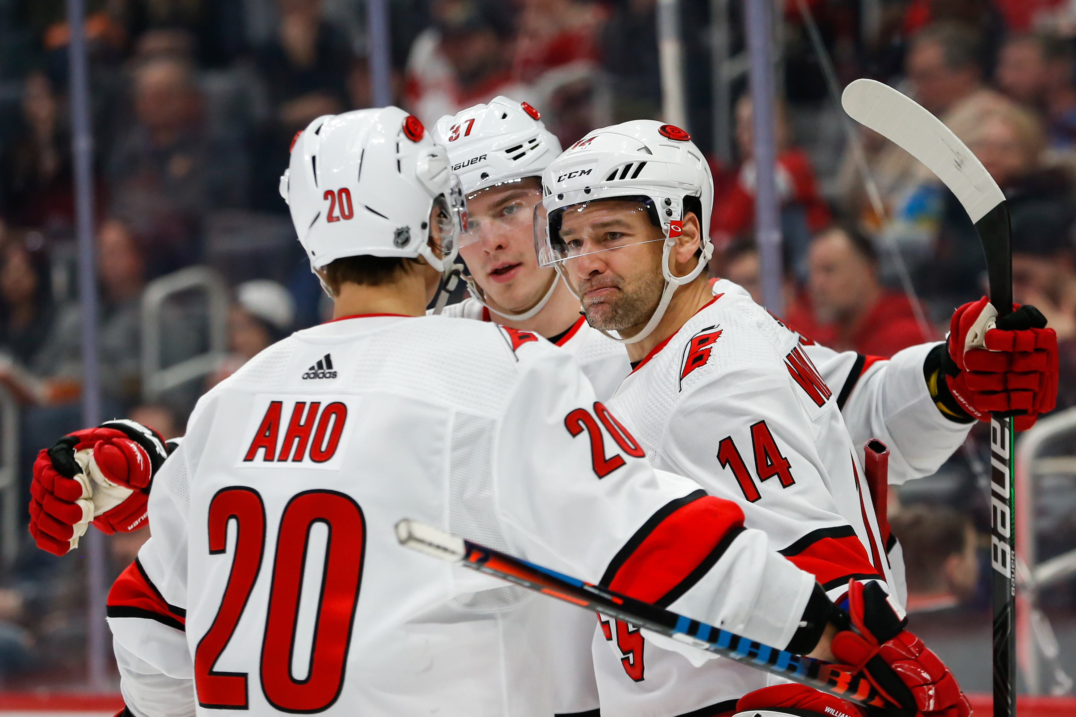 NHL: MAR 10 Hurricanes at Red Wings