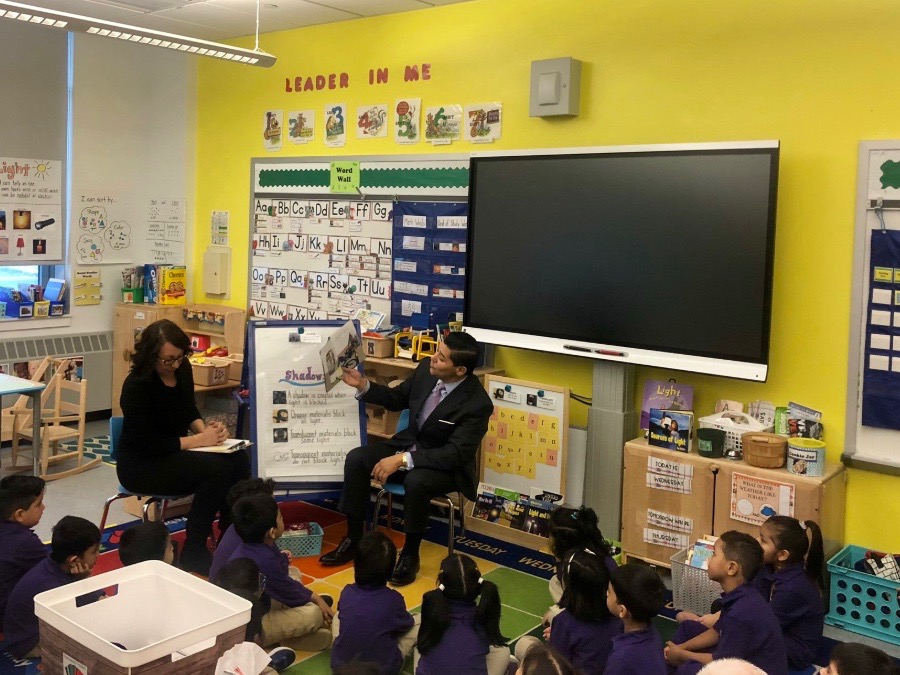 NYC Schools Chancellor Richard Carranza visits a pre-K site at P.S. 349 in Jamaica, Queens, on Feb. 5, 2020, to kick off pre-K and 3-K admissions.