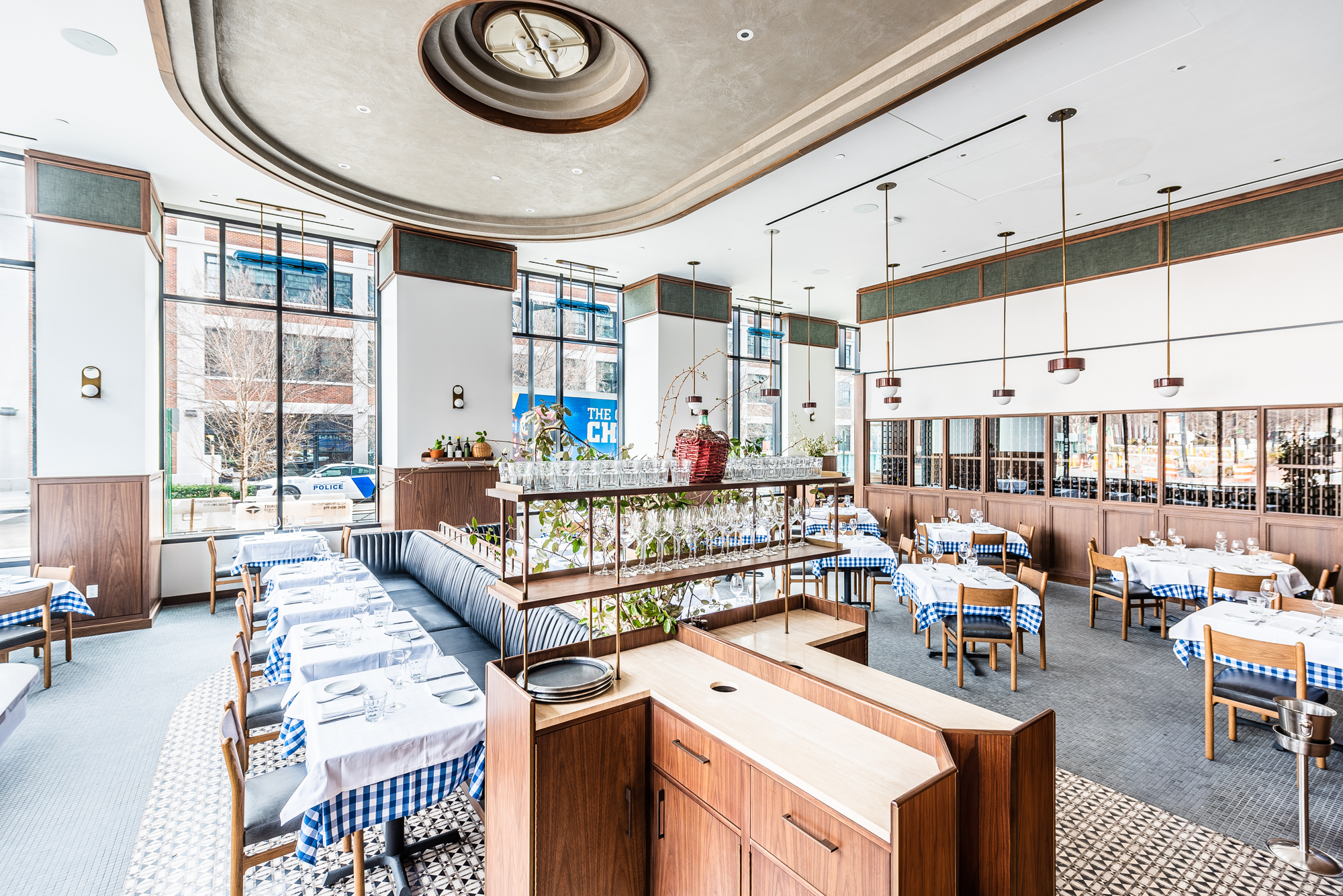 A wide look at the dining room at Maialino Mare