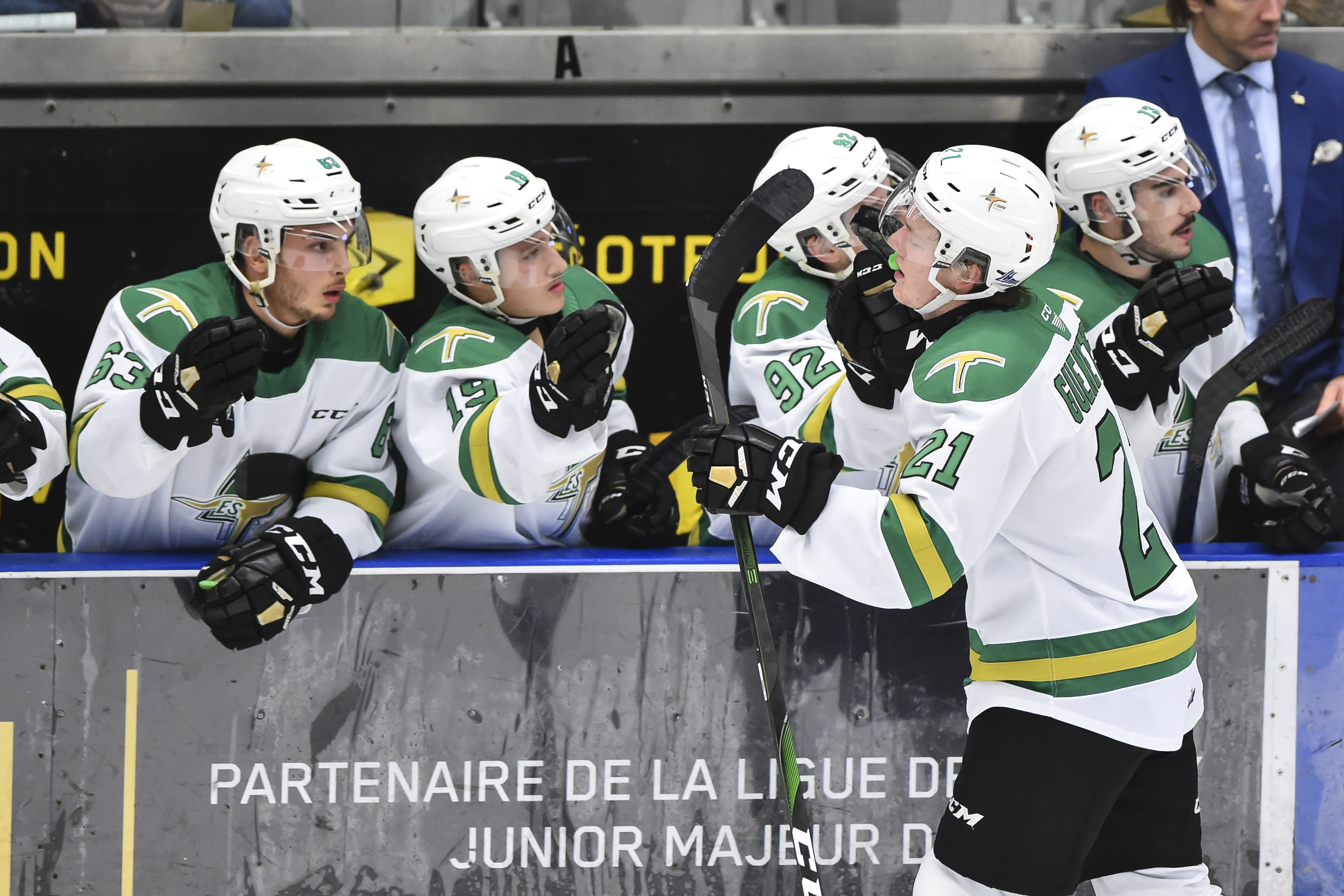 Val-d'Or Foreurs v Blainville-Boisbriand Armada