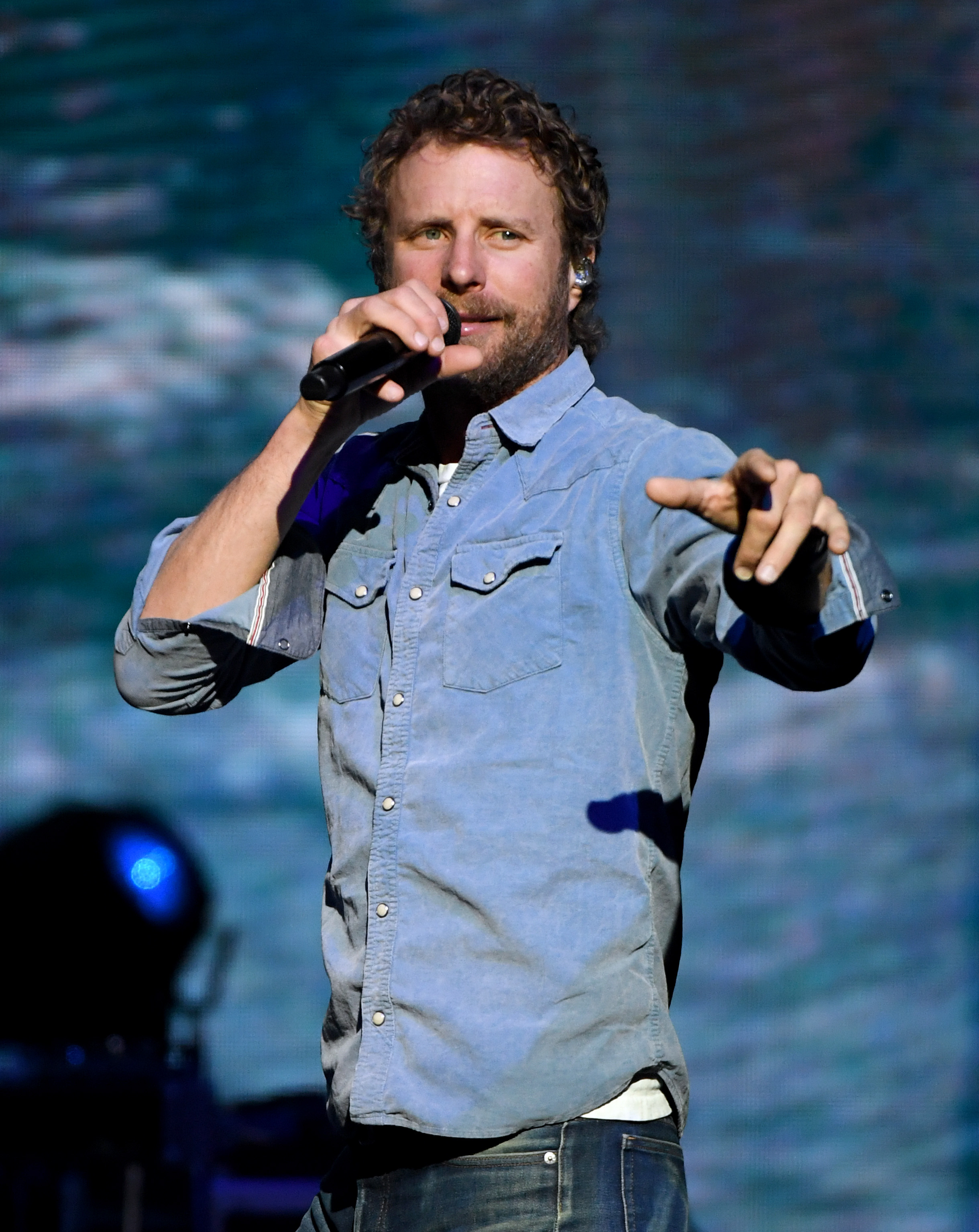 Dierks Bentley With Caylee Hammack And Hot Country Knights In Concert - Las Vegas, NV