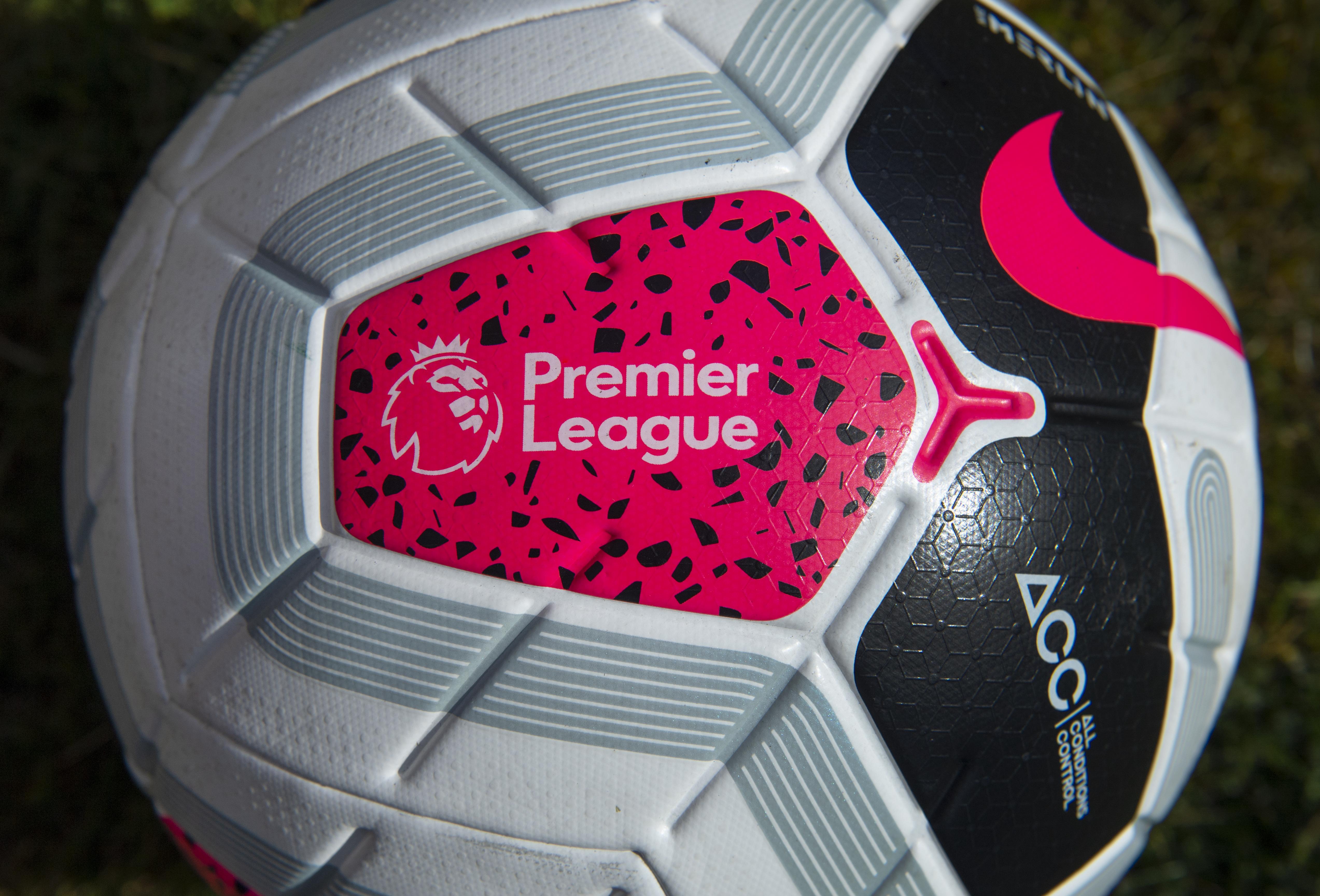 The Officail Premier League Match Ball