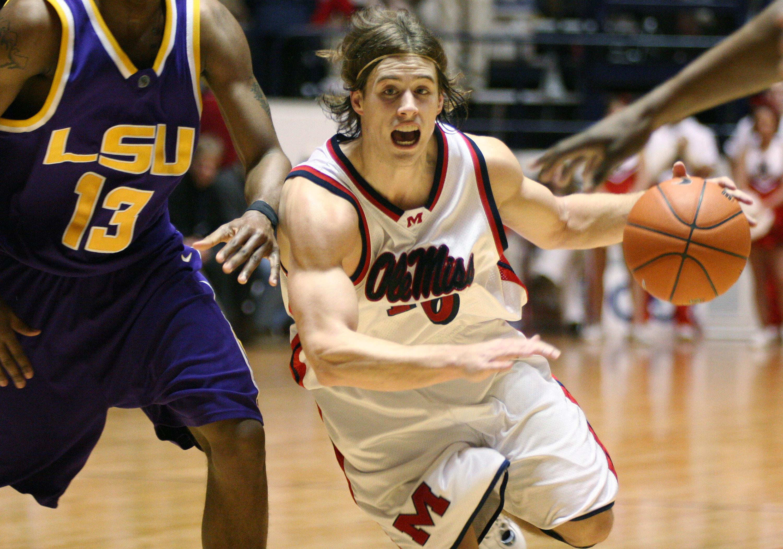 NCAA Men's Basketball - LSU vs Mississippi - February 14, 2007