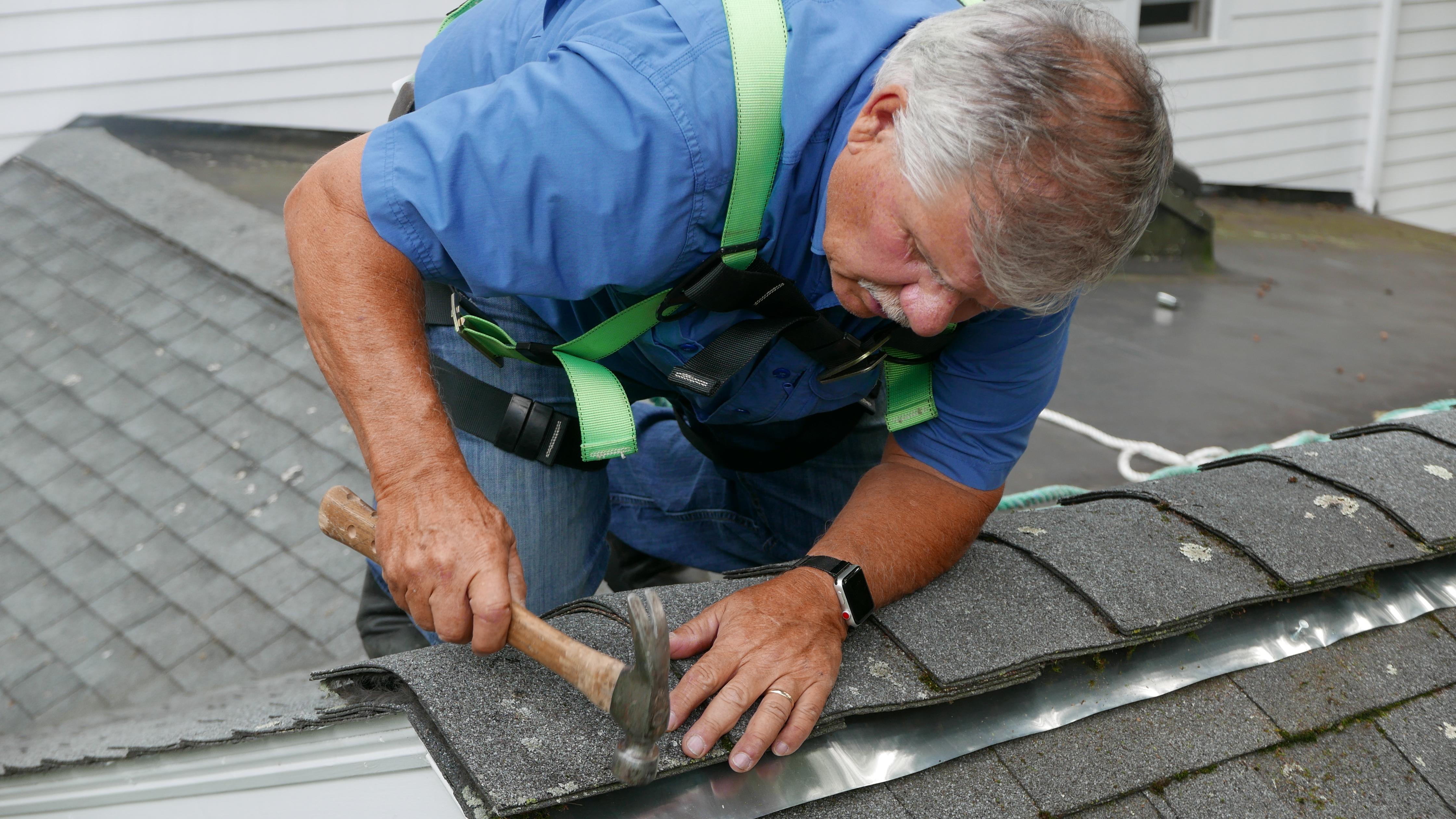 zinc strip that keeps the roof algae away