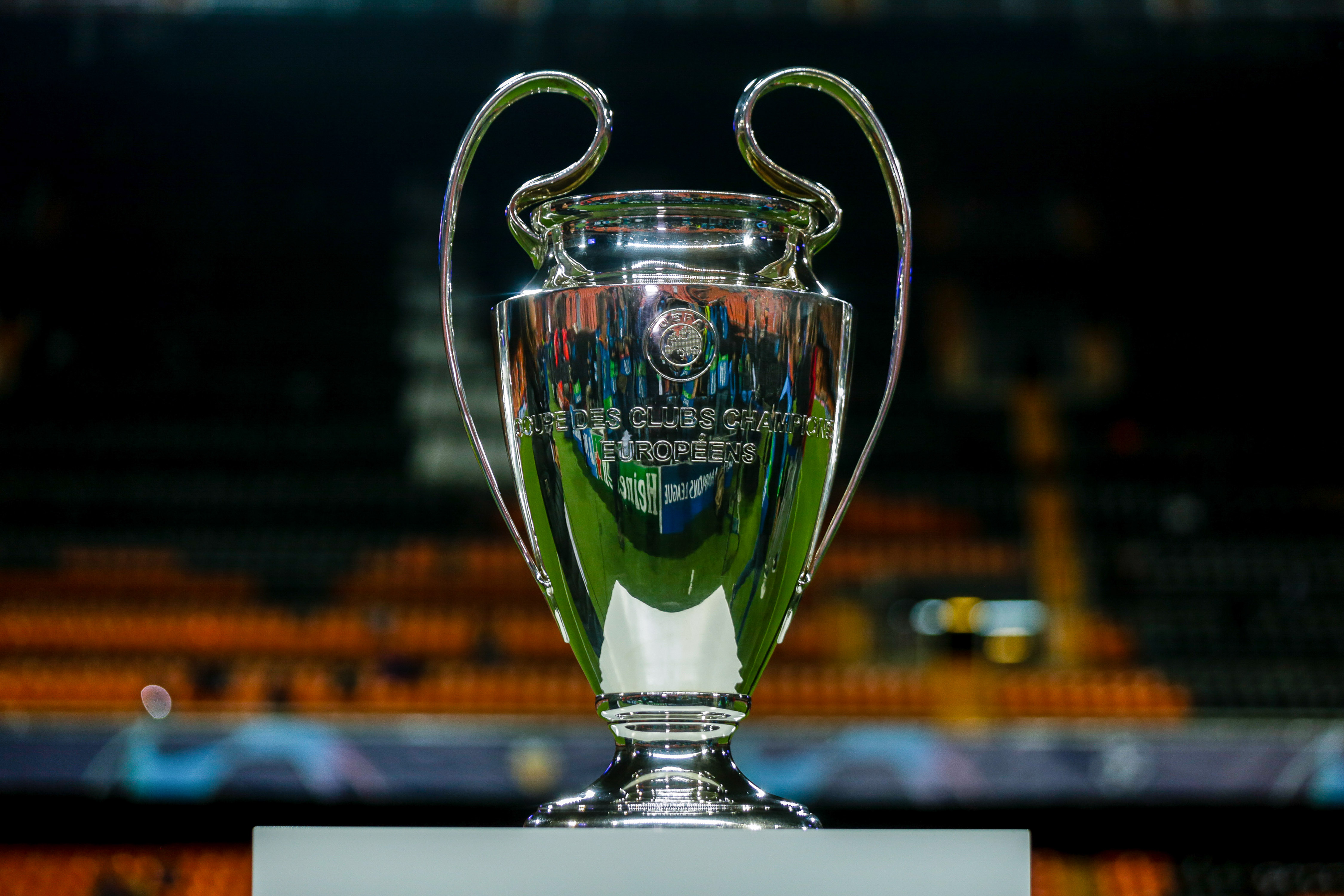 Valencia CF v LOSC Lille - Champions League