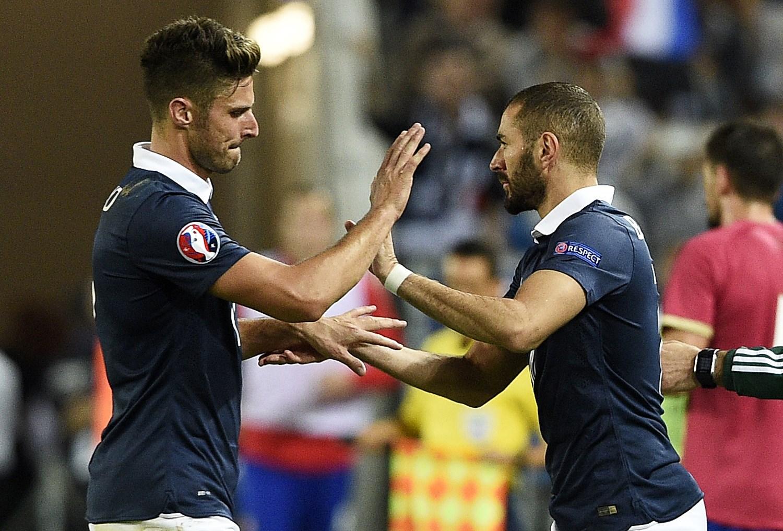 """Bị Benzema mỉa mai, Giroud đáp trả """"ngắn mà chất"""""""