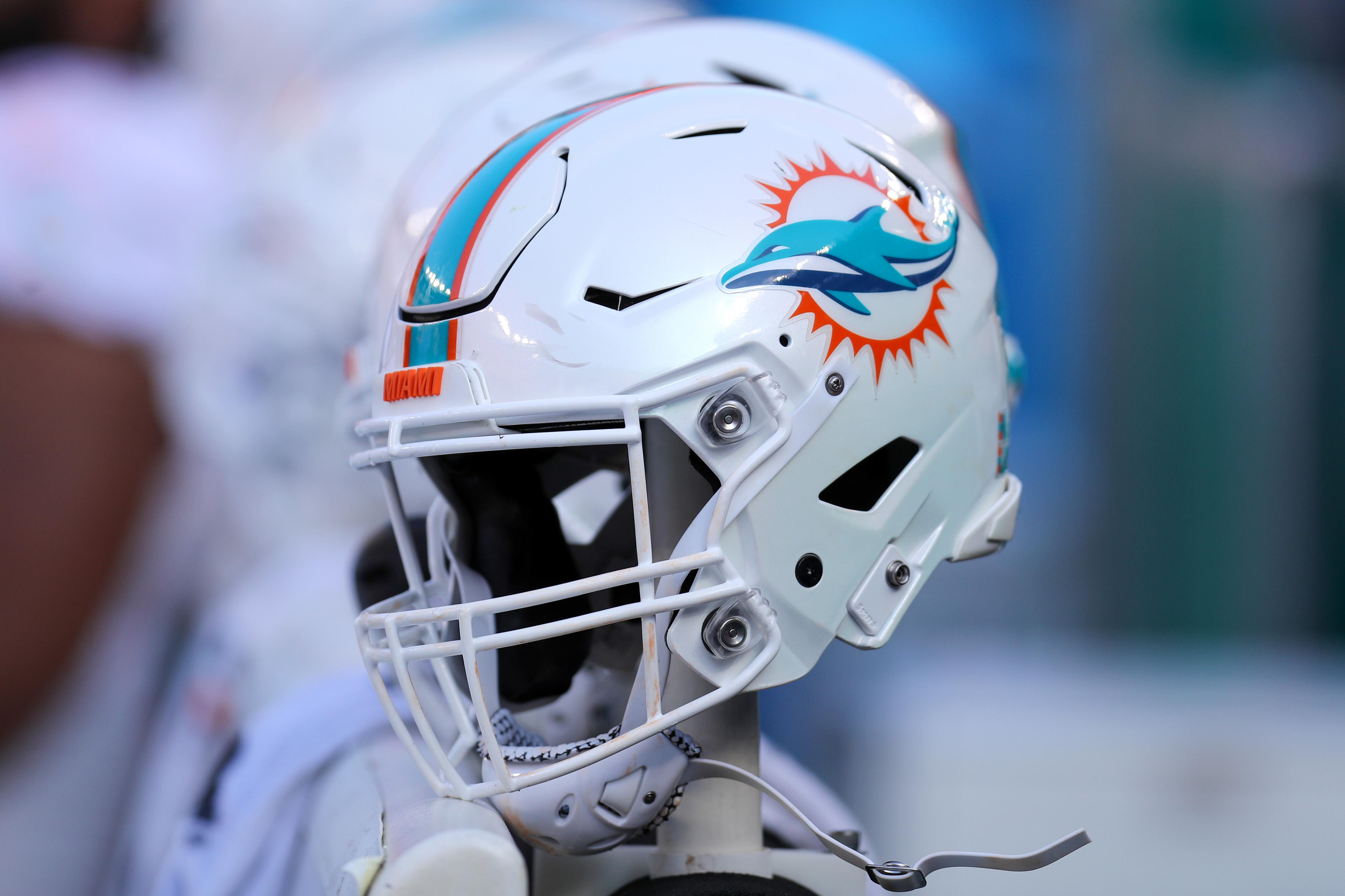 NFL: NOV 24 Dolphins at Browns