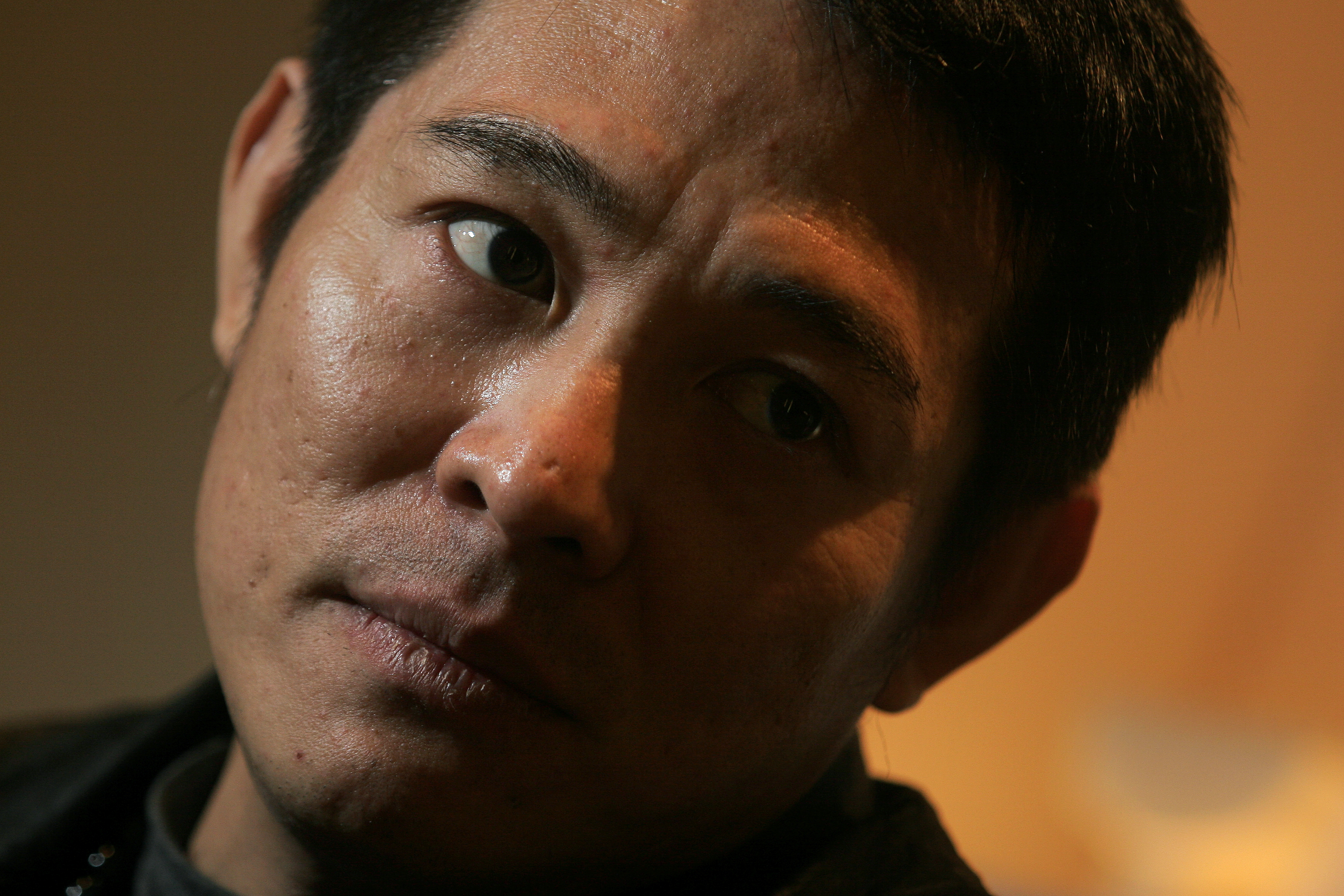 Interview with actor Jet Li Lianjie at the Landmark Mandarin Oriental Hotel, Central. 22 January 2006.