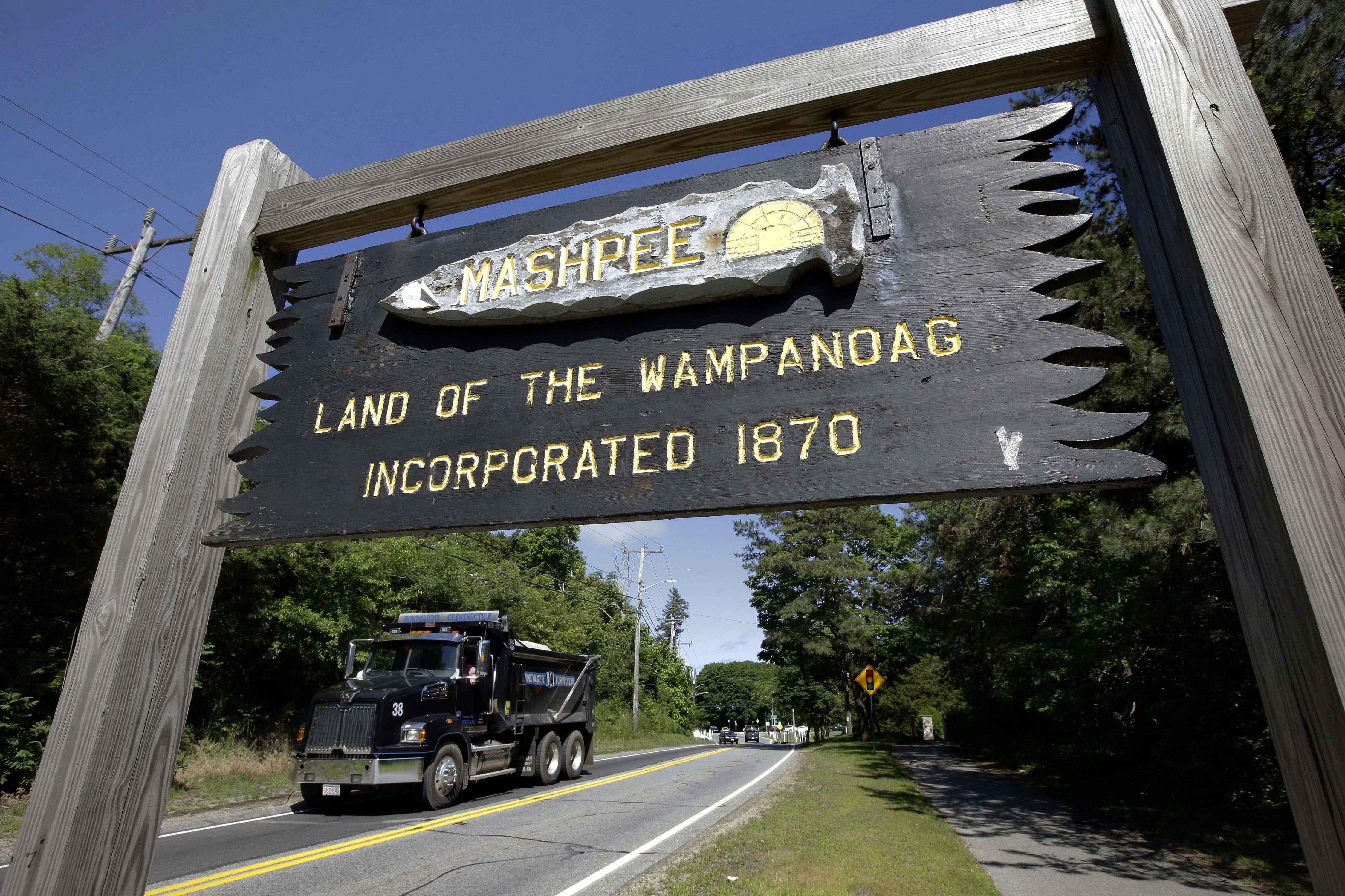 Mashpee Wampanoag sign in Massachusetts