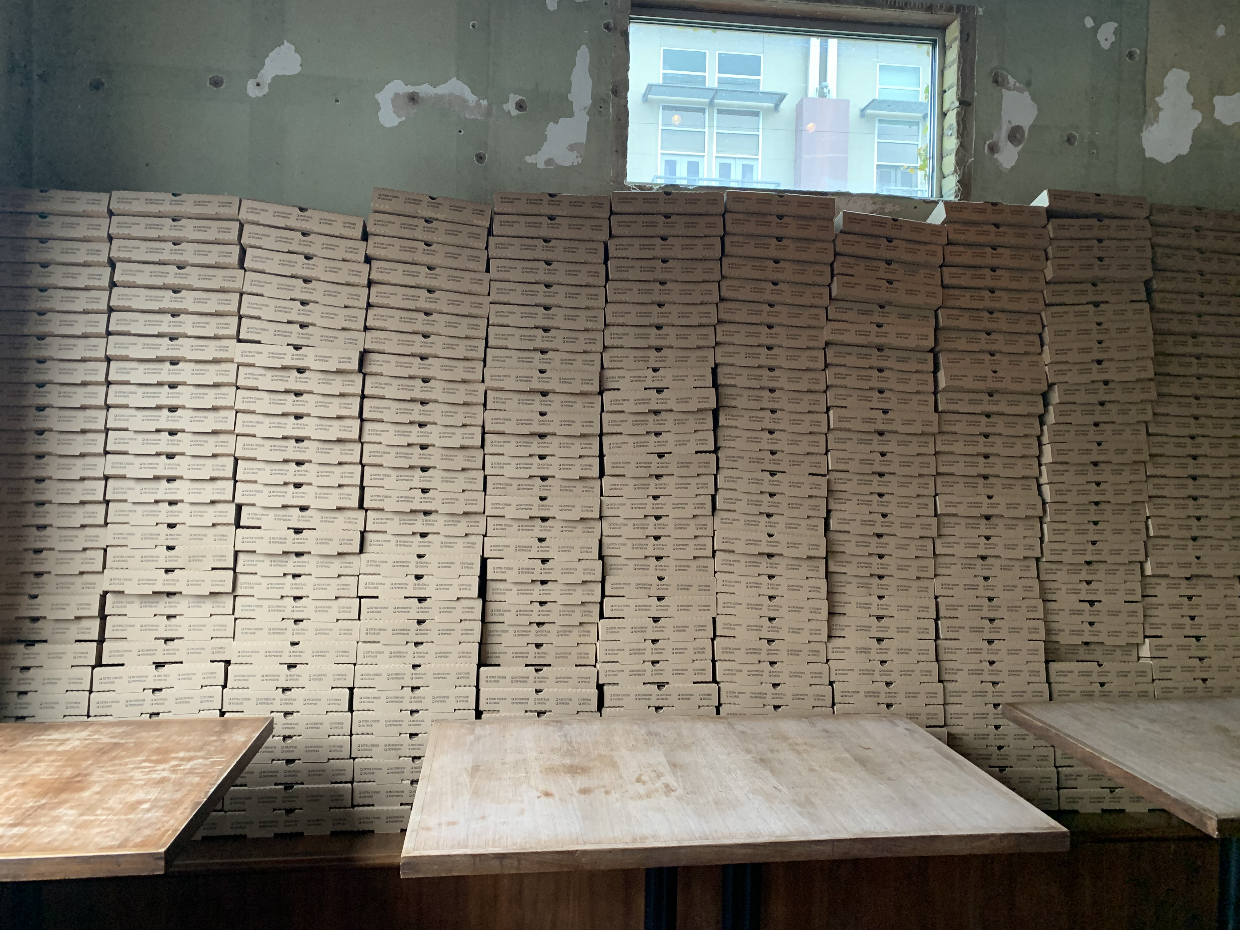 Takeout pizza boxes at Bufalina