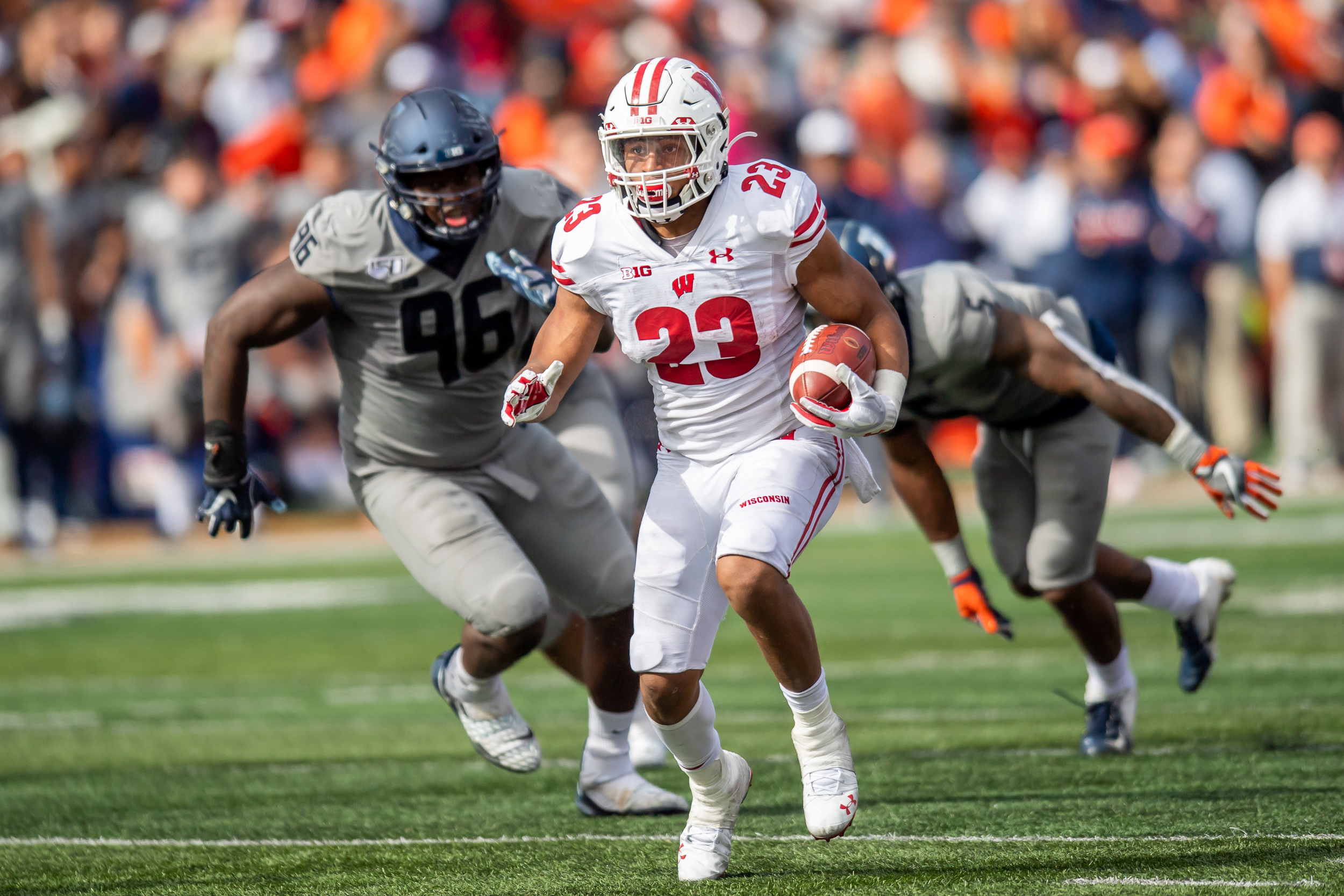 NCAA Football: Wisconsin at Illinois