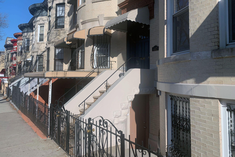 East New York buildigs