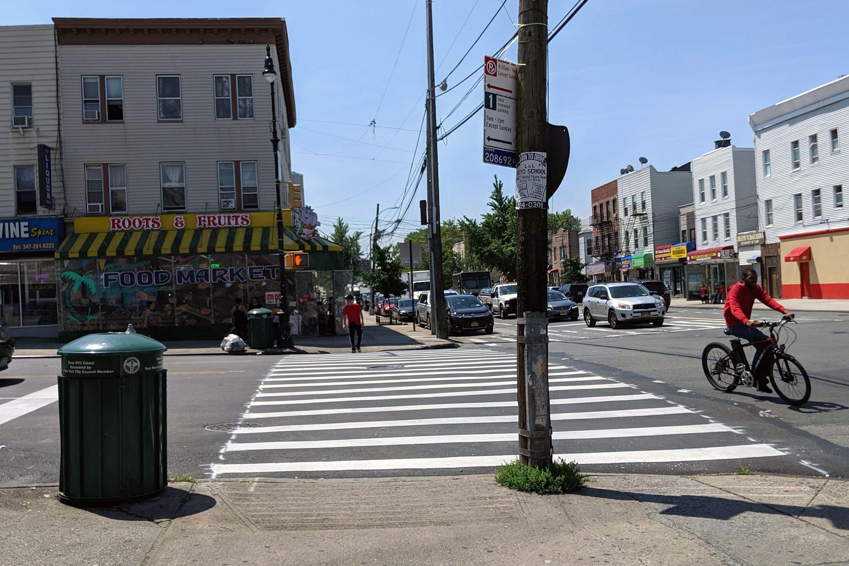 Morris Park Avenue