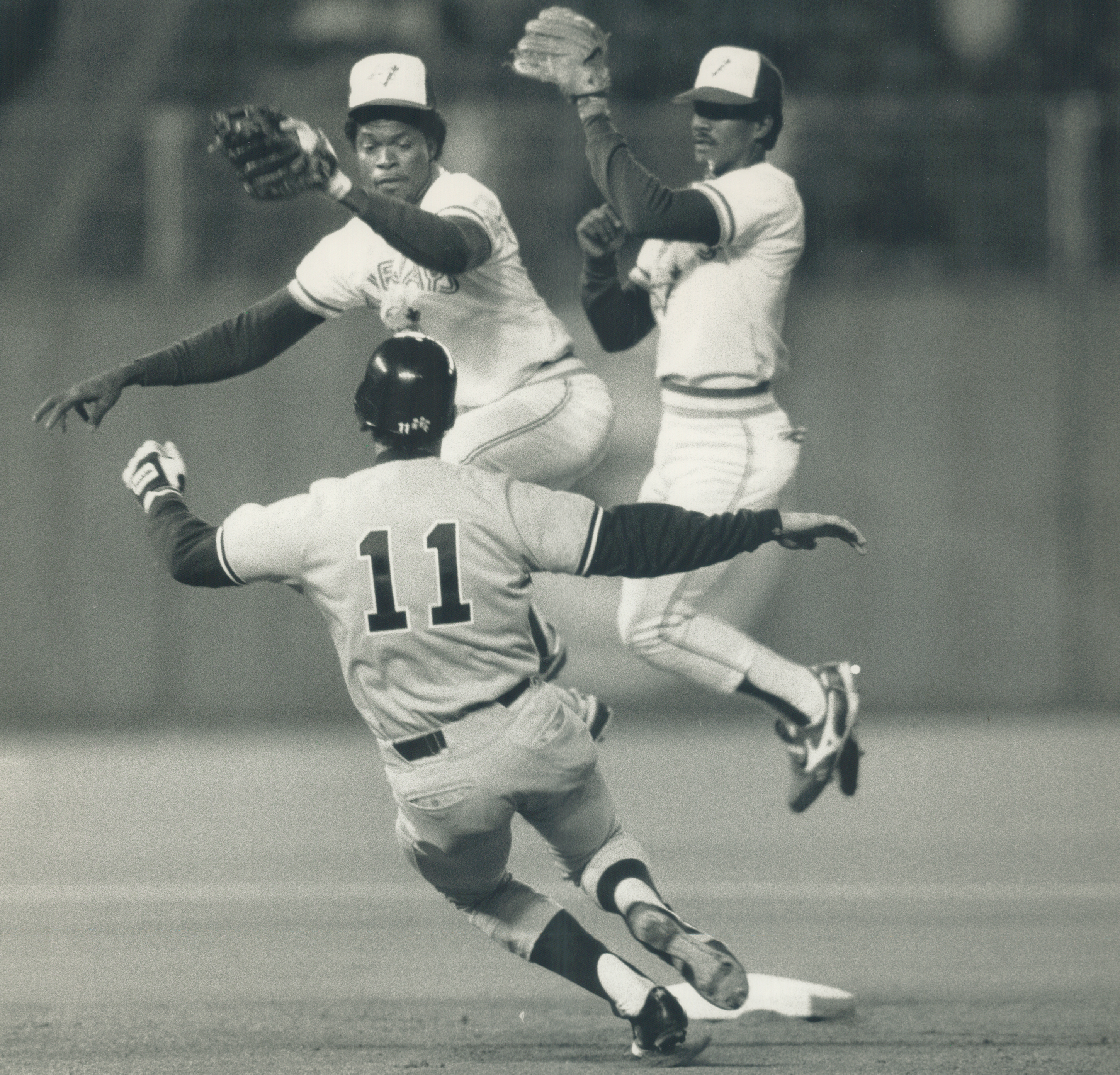 One of those nights: As Yankees catcher Don Slaught steals second last night; Jays infielders Tony F