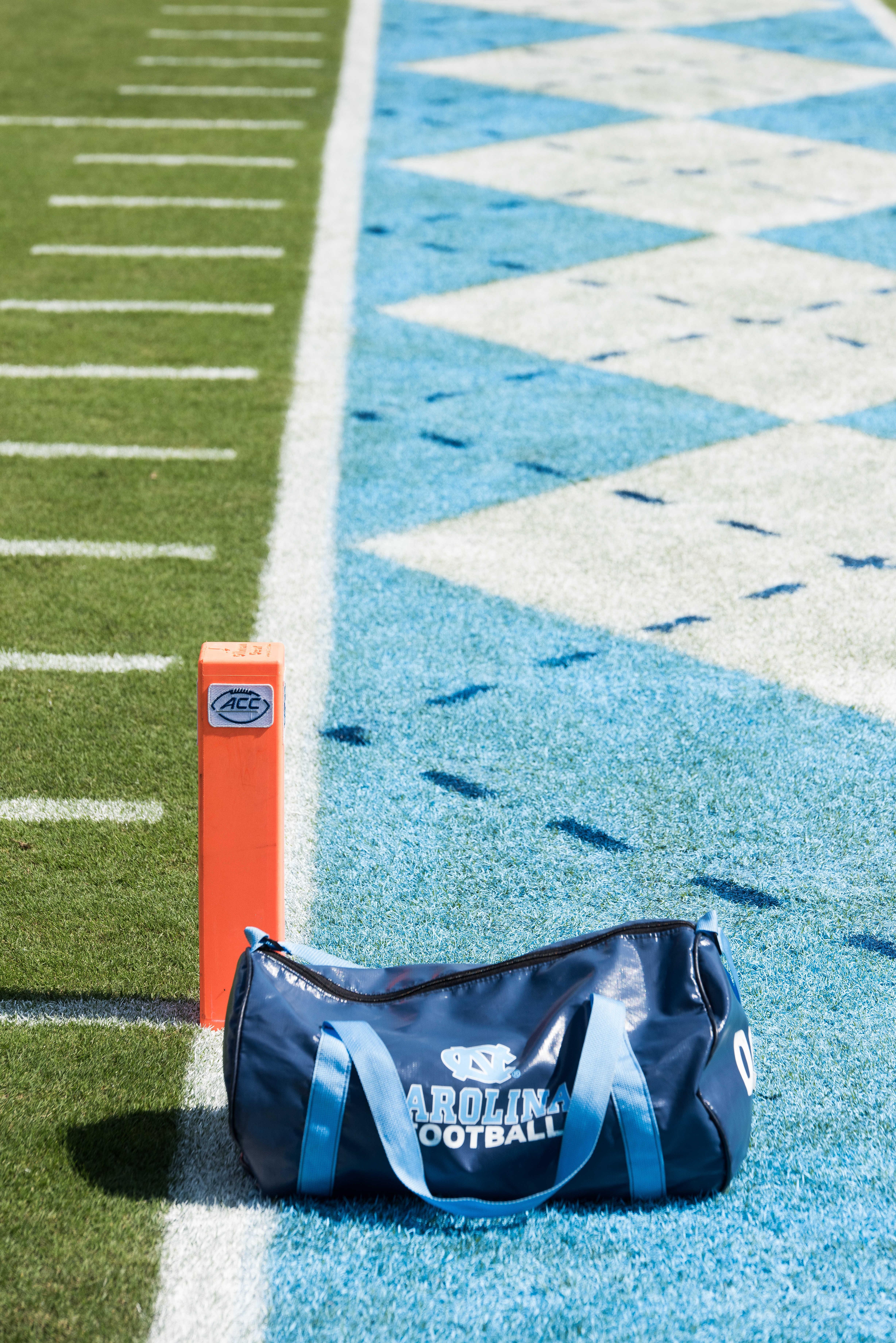 NCAA FOOTBALL: SEP 24 Pitt at North Carolina