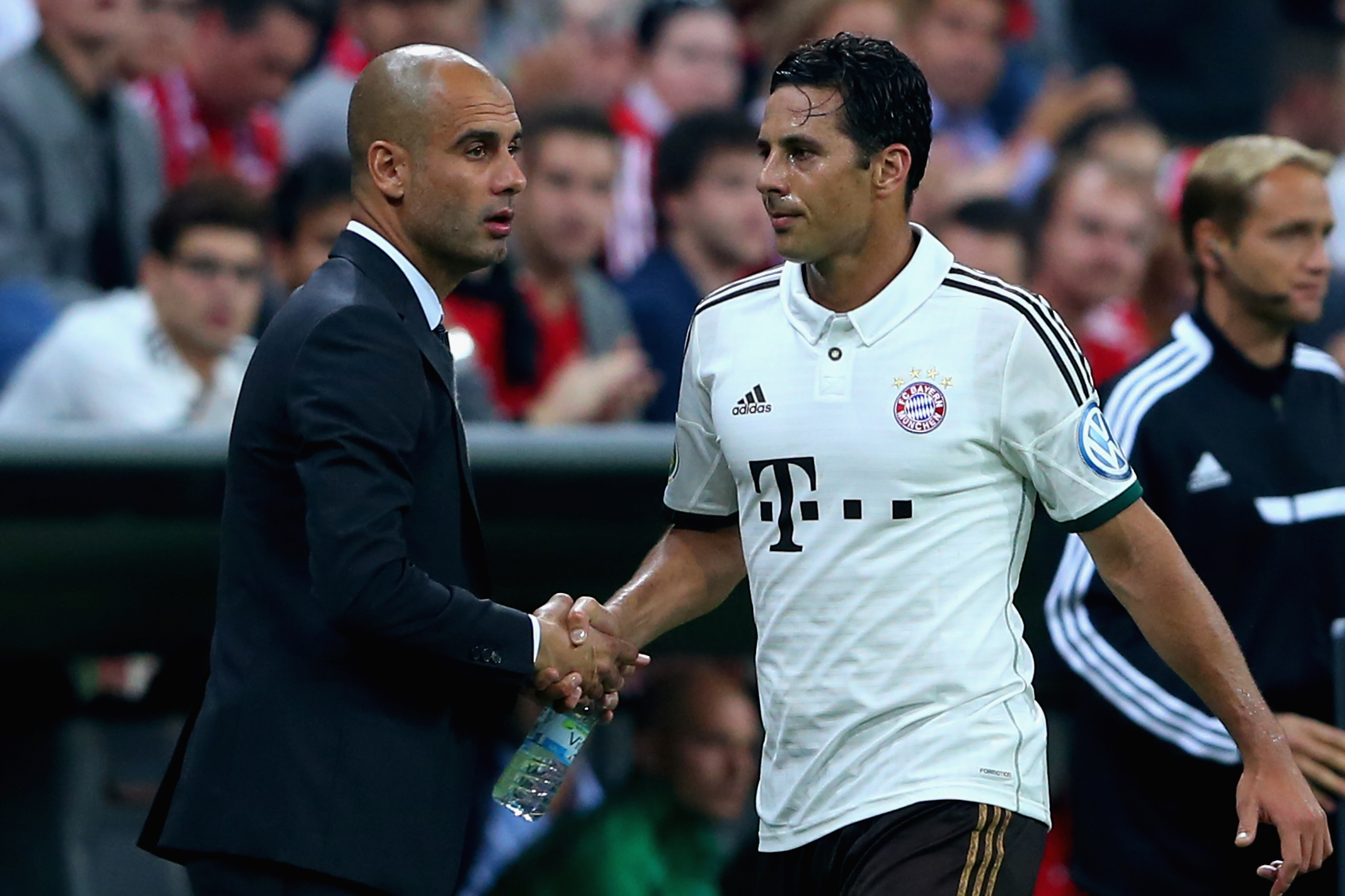 Bayern Muenchen v Hannover 96 - DFB Cup