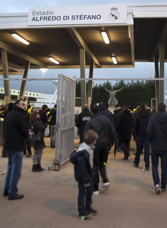 Real Madrid Castilla v Sporting De Gijon - Segunda Division