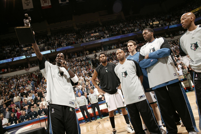 Kings v Timberwolves